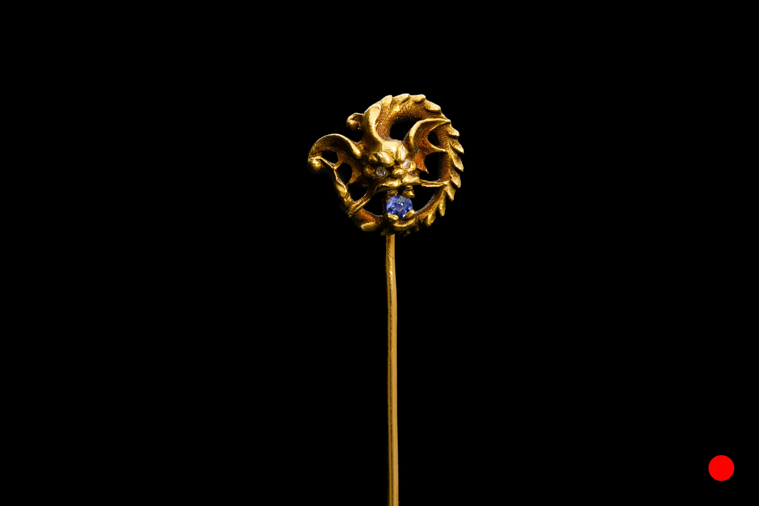 A French 18ct dragon stick pin | £1480