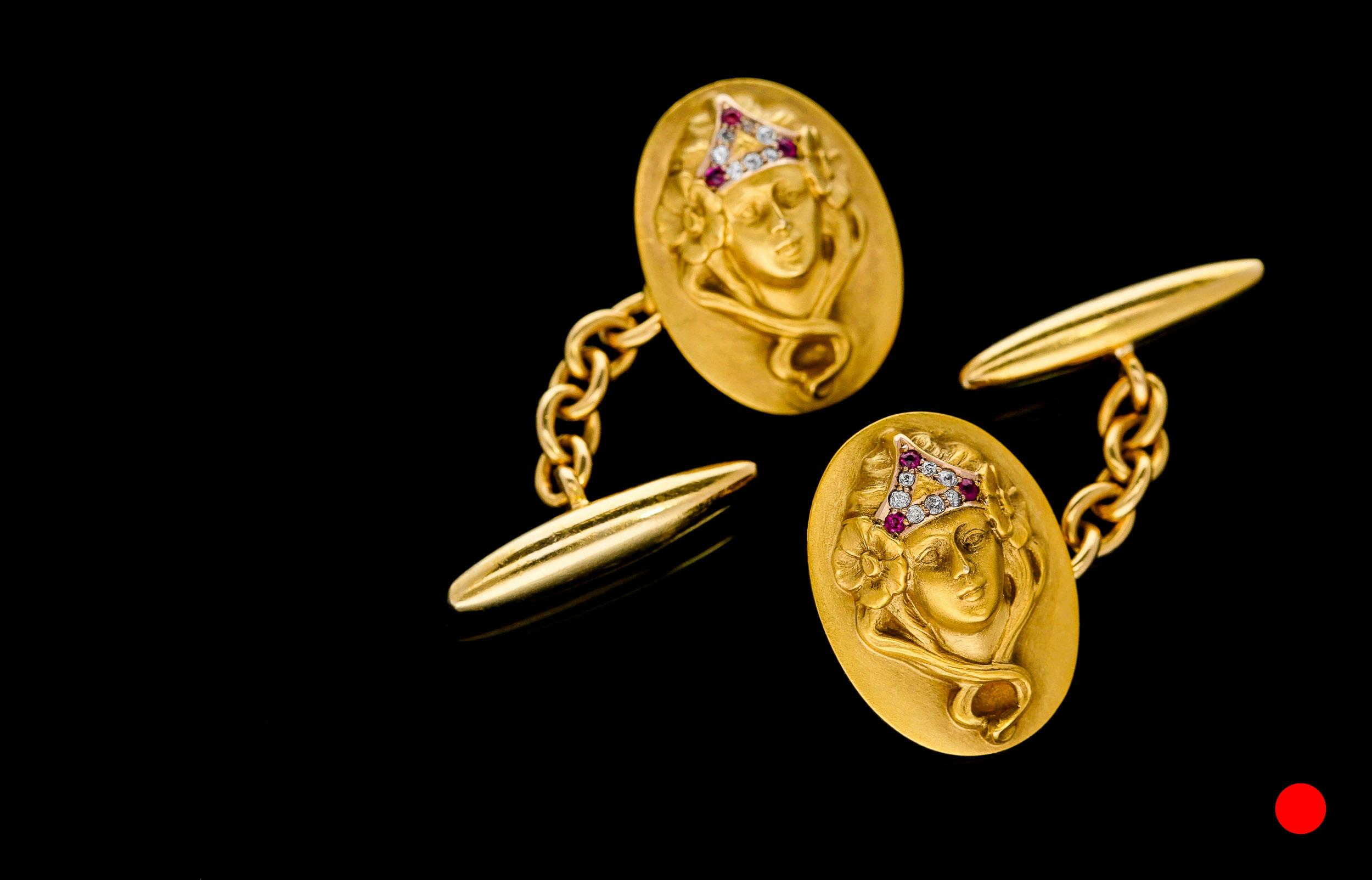 An Art Nouveau cufflinks £7250