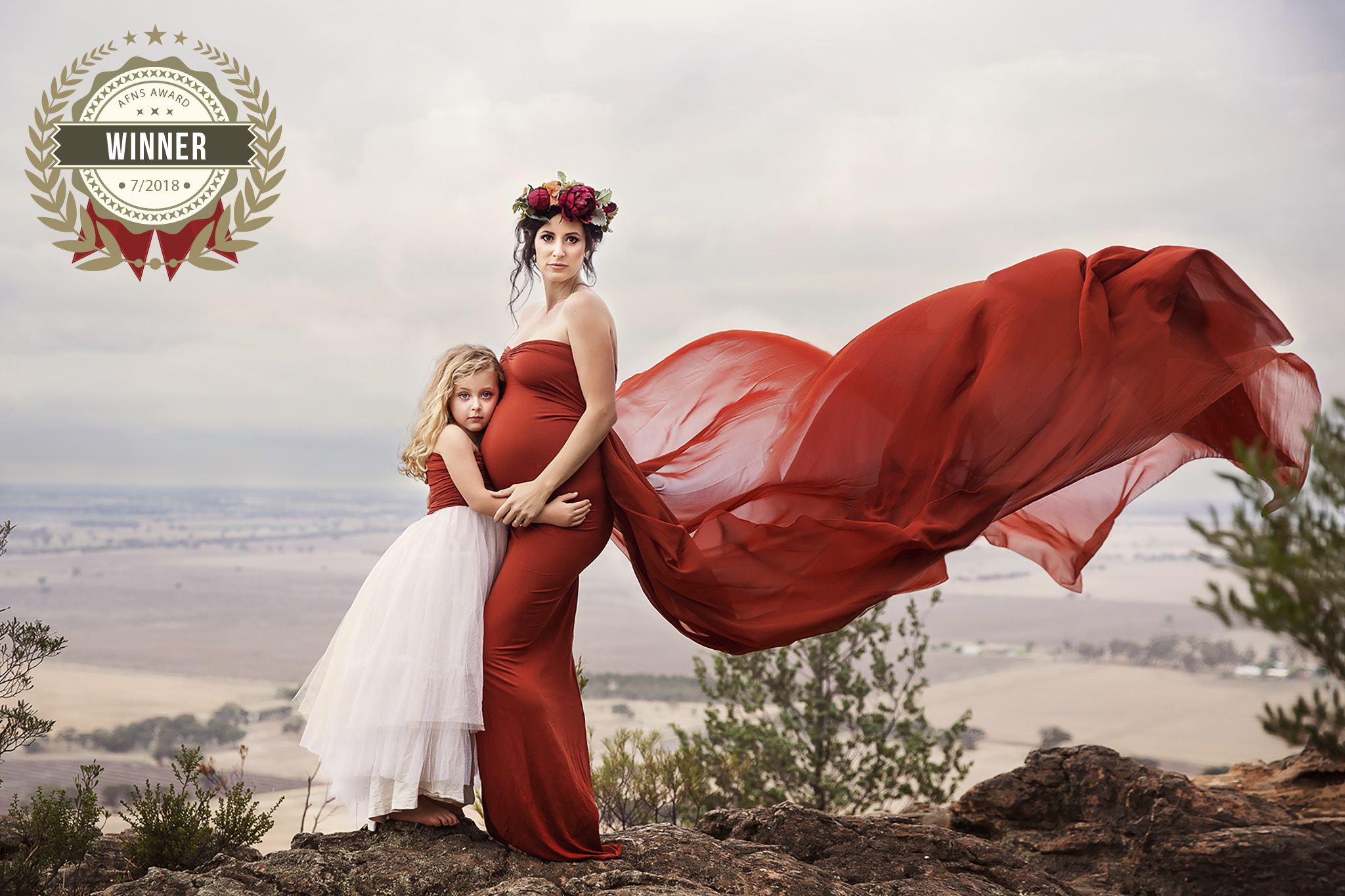56906439_mother_in_red.jpg