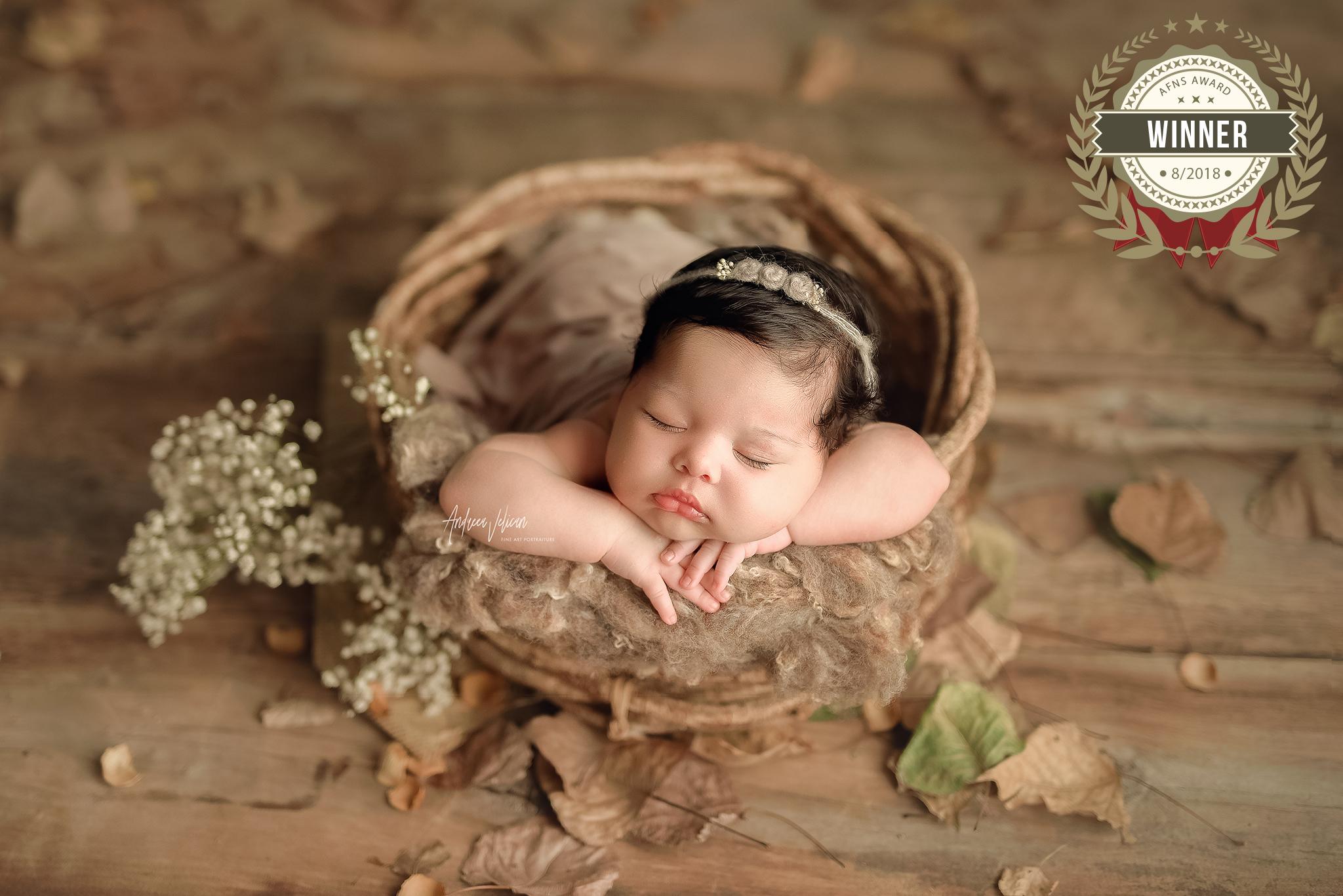 56906439_andreea_velican_-_newborn.jpg