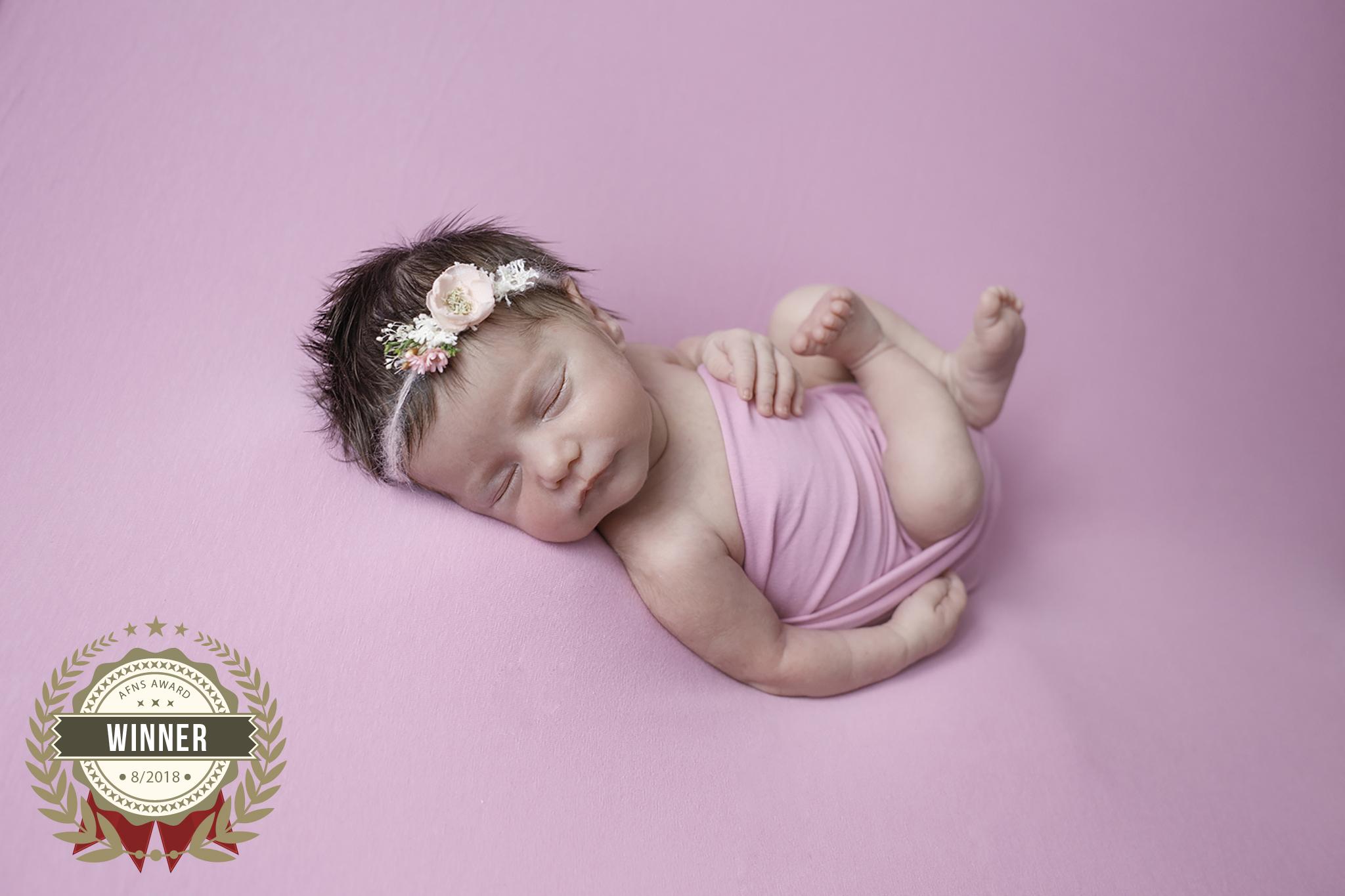 56906439_newborn.jpg
