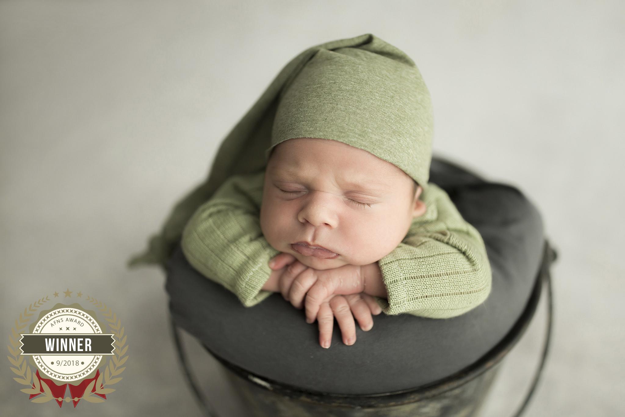 56906443_mini_love_-_linda_olthoff_fotografie_-_newborn.jpg