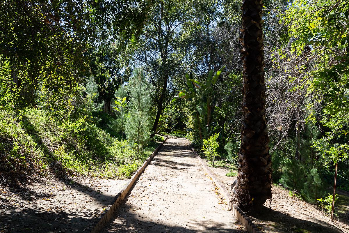1662 Foothill Blvd_0580.jpg