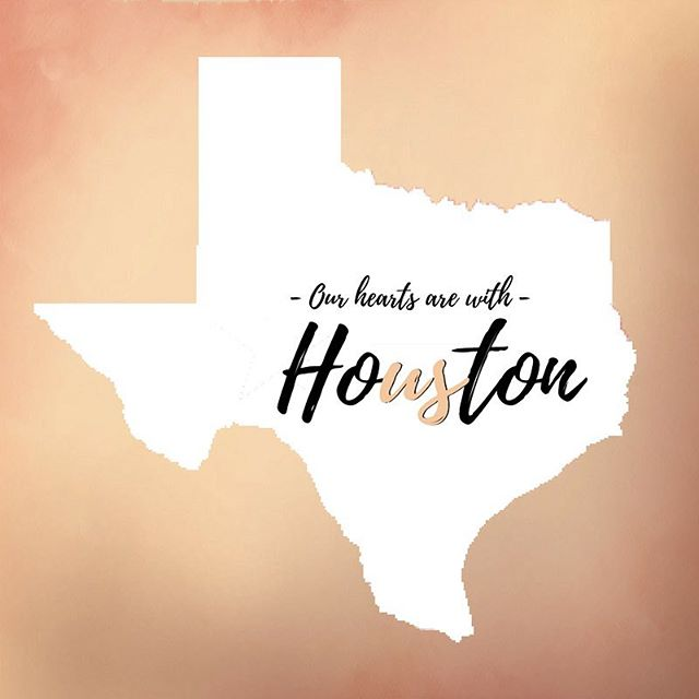 Collectively, the 6 figure team wanted to make an impact by spreading awareness on how to provide supplies and donations to those in Houston. Join us in giving back to those being effected by Hurricane Harvey. Click on the link in the bio for more information on how you can help make difference with the Salvation Army 🔗 📱 #hurricaneharvey #helpushelphouston #salvationarmy