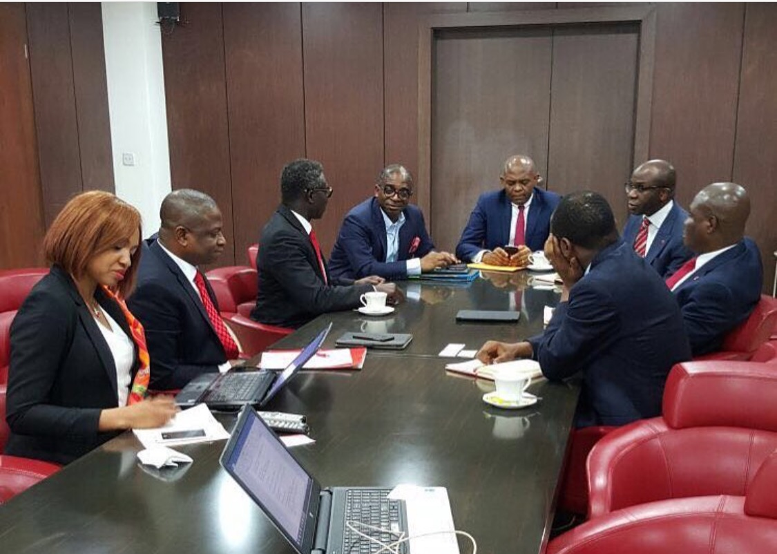 Olusegun Awolowo at a 'Zero Oil' Presentation at United Bank for Africa, with Bank's Chairman, Tony Elumelu and the Bank's Management