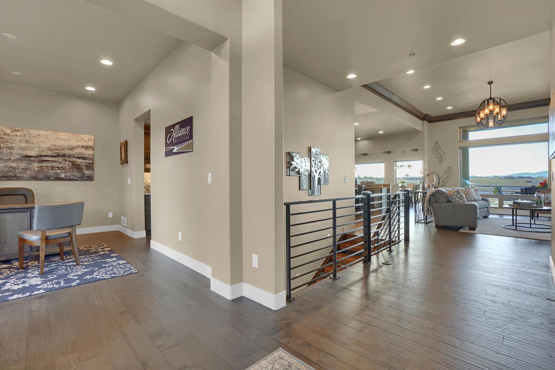 1807 Redbank Dr Colorado-large-001-2-Foyer-1500x1000-72dpi.jpg