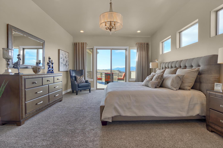 1807 Redbank Dr Colorado-large-007-22-Bedroom-1500x1000-72dpi.jpg