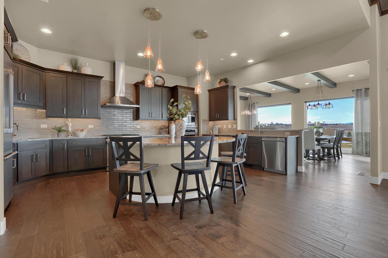 1807 Redbank Dr Colorado-large-014-7-Kitchen-1500x999-72dpi.jpg