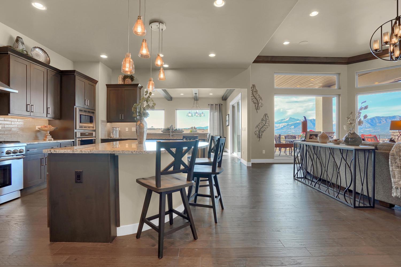 1807 Redbank Dr Colorado-large-016-15-Kitchen-1500x999-72dpi.jpg
