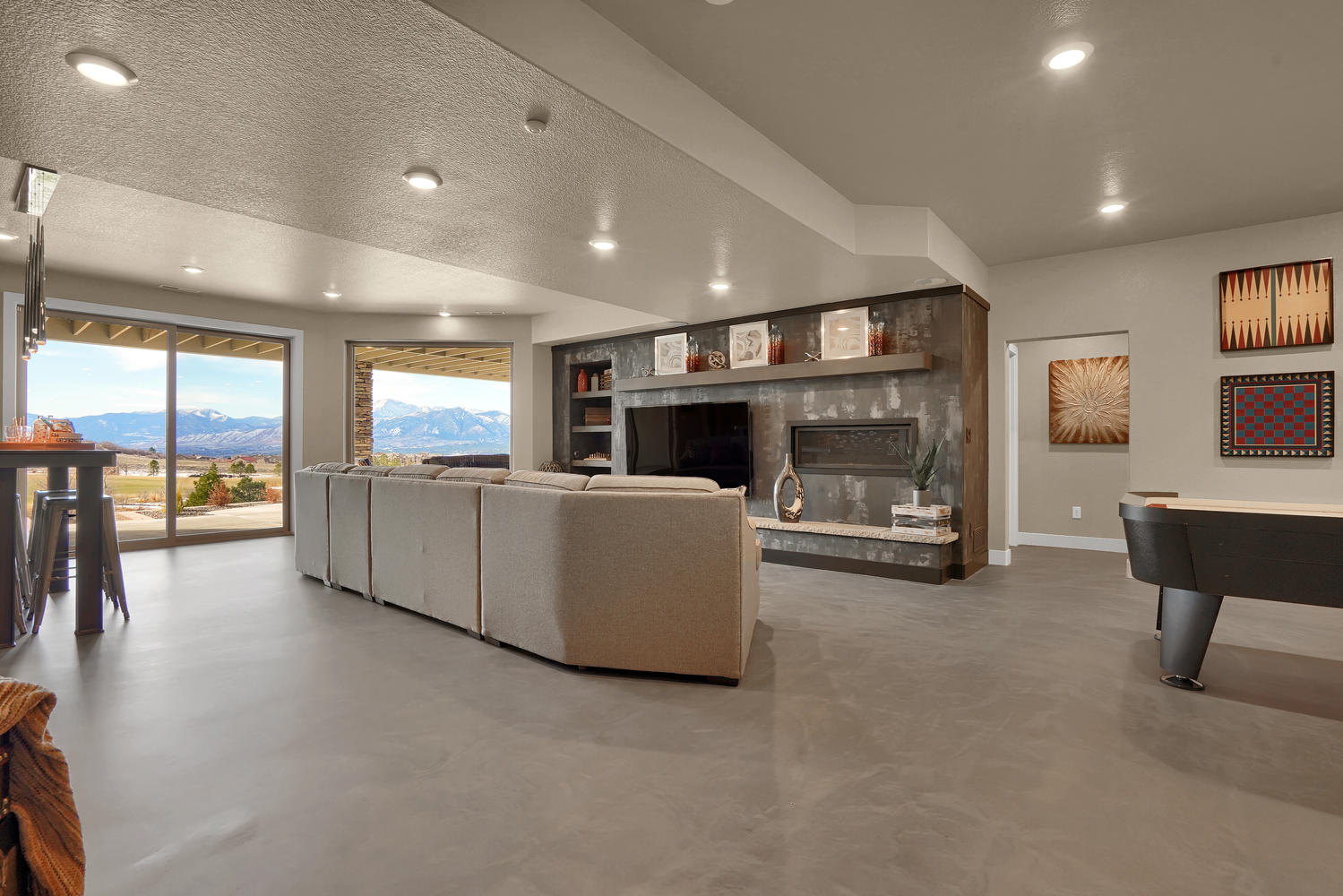 1807 Redbank Dr Colorado-large-033-34-Recreation Room-1499x1000-72dpi.jpg