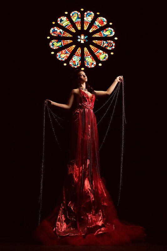 JLMaas++Fleisher+Red+gown+2.jpg