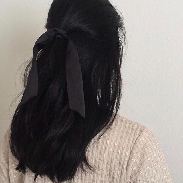 Back to bows 🎀💕 #nicolesaidblog