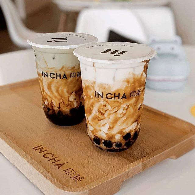 A bbtea emoji is much needed!! Brown sugar milk tea + matcha brown sugar milk tea. I did prefer the matcha as it had more flavor.