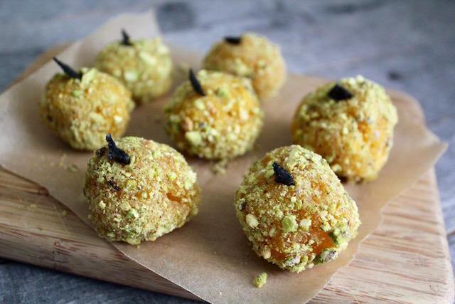 Apricot Macadamia Nut Bliss Balls with Turmeric