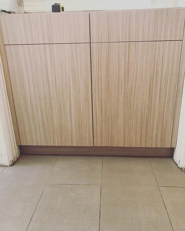 Trying out new cabinet and tile schemes #denverapartments #denvercolorado #denverrenovations #capitolhilldenver #thisoneisrentedbutanotheroneisavailable