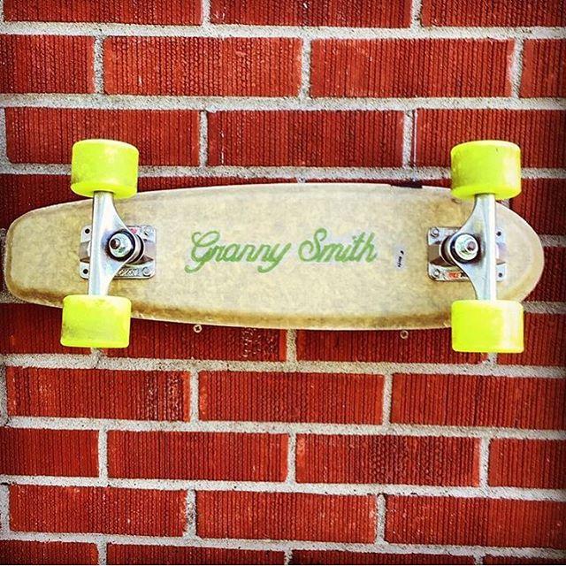 RP from @eazyyliving showing Granny's Hemp with Louisiana's classic red bricks.  #sustainable #hemp #skate #california