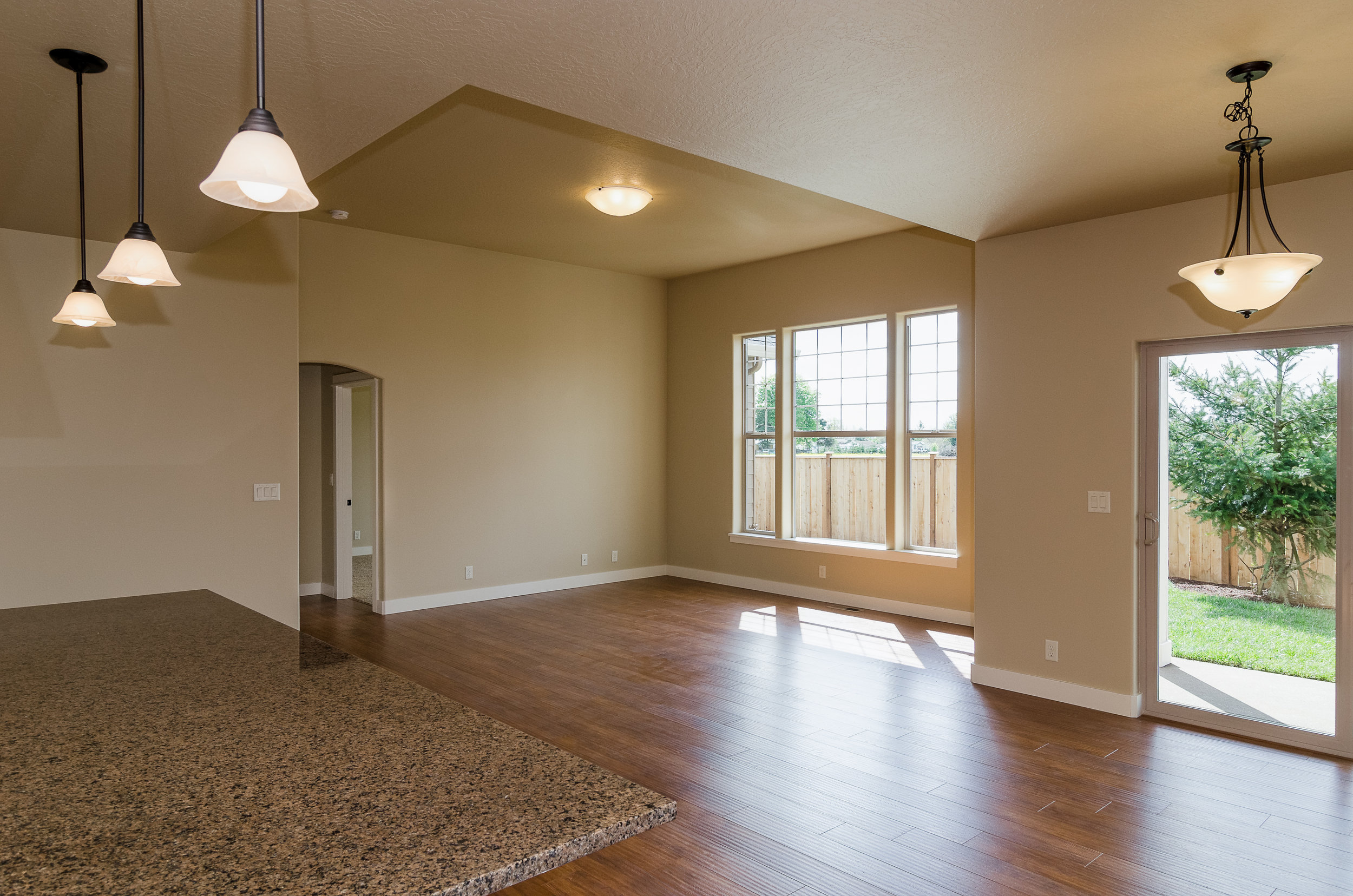 801 SW Quince_large-16.jpg