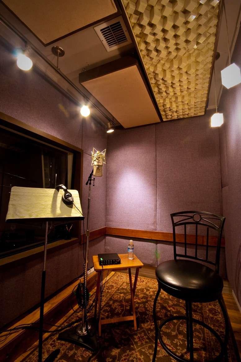 Studio C - VO set up