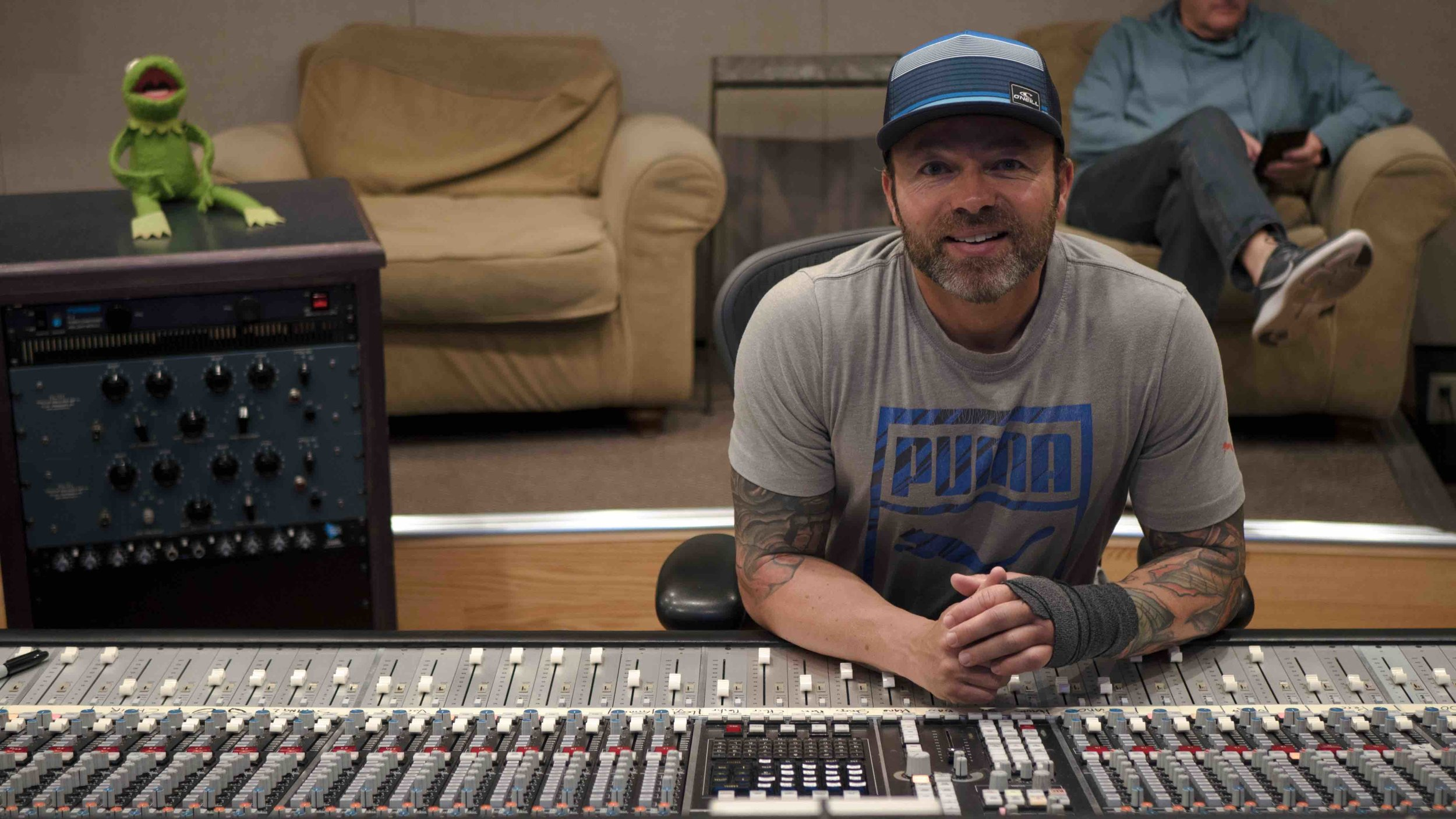 Cedrick earned an Associate's Degree in Audio Engineering at ESRA Institute in France and has since followed his passion for all things sound, working as a tracking and mix engineer as well as a post production sound designer and mixer.