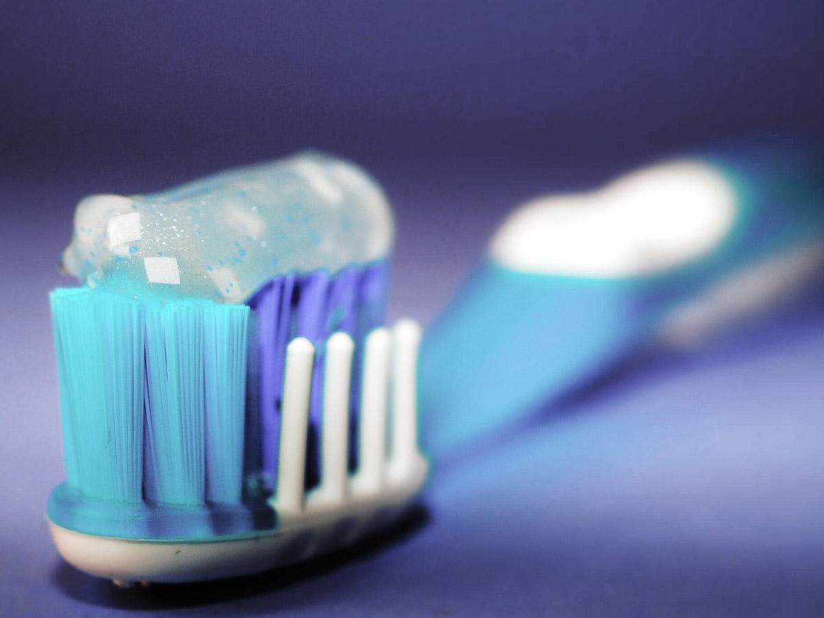 toothpaste fluoride.jpg