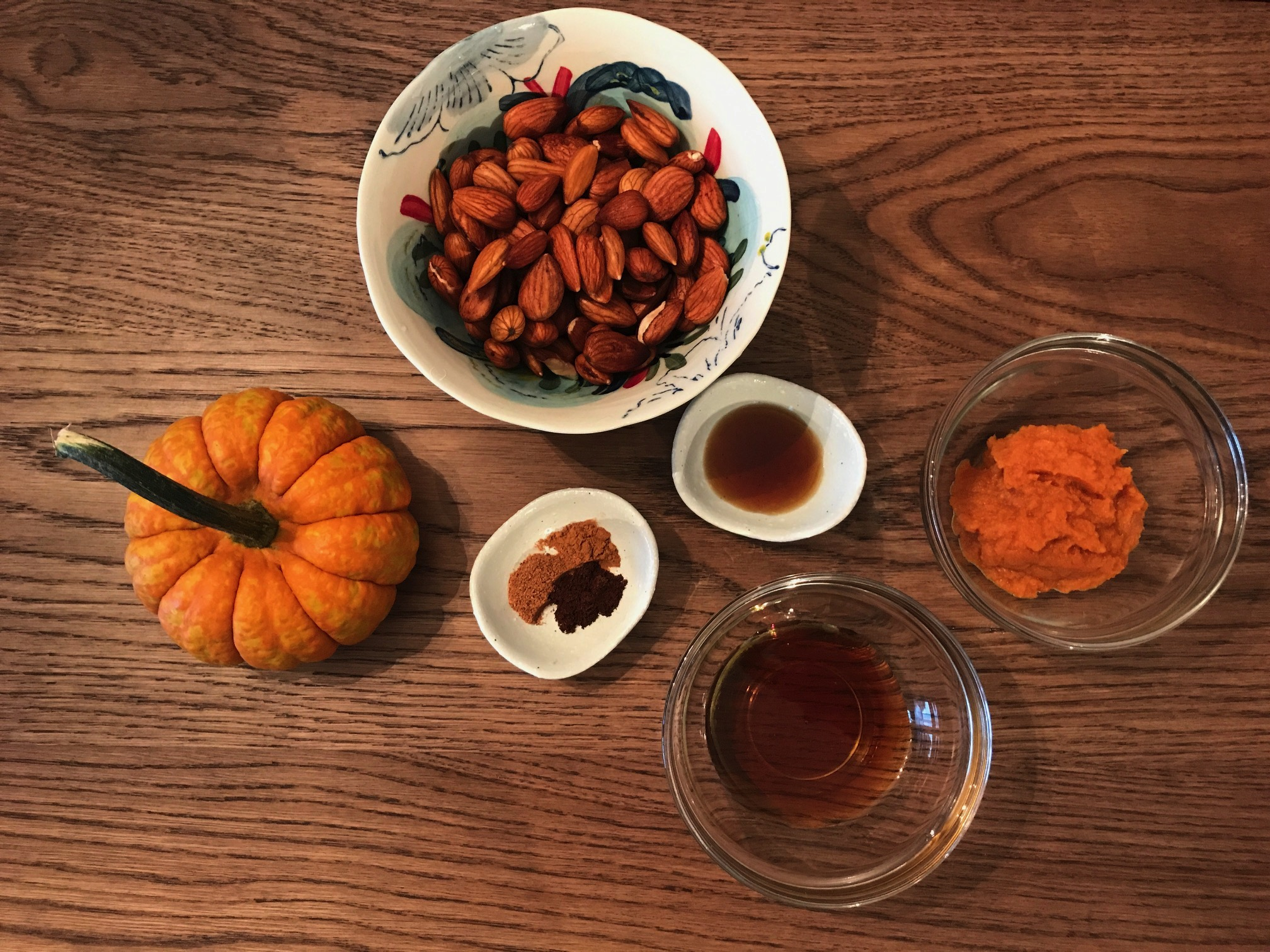 Pumpkin Spice Almond Milk Ingredients