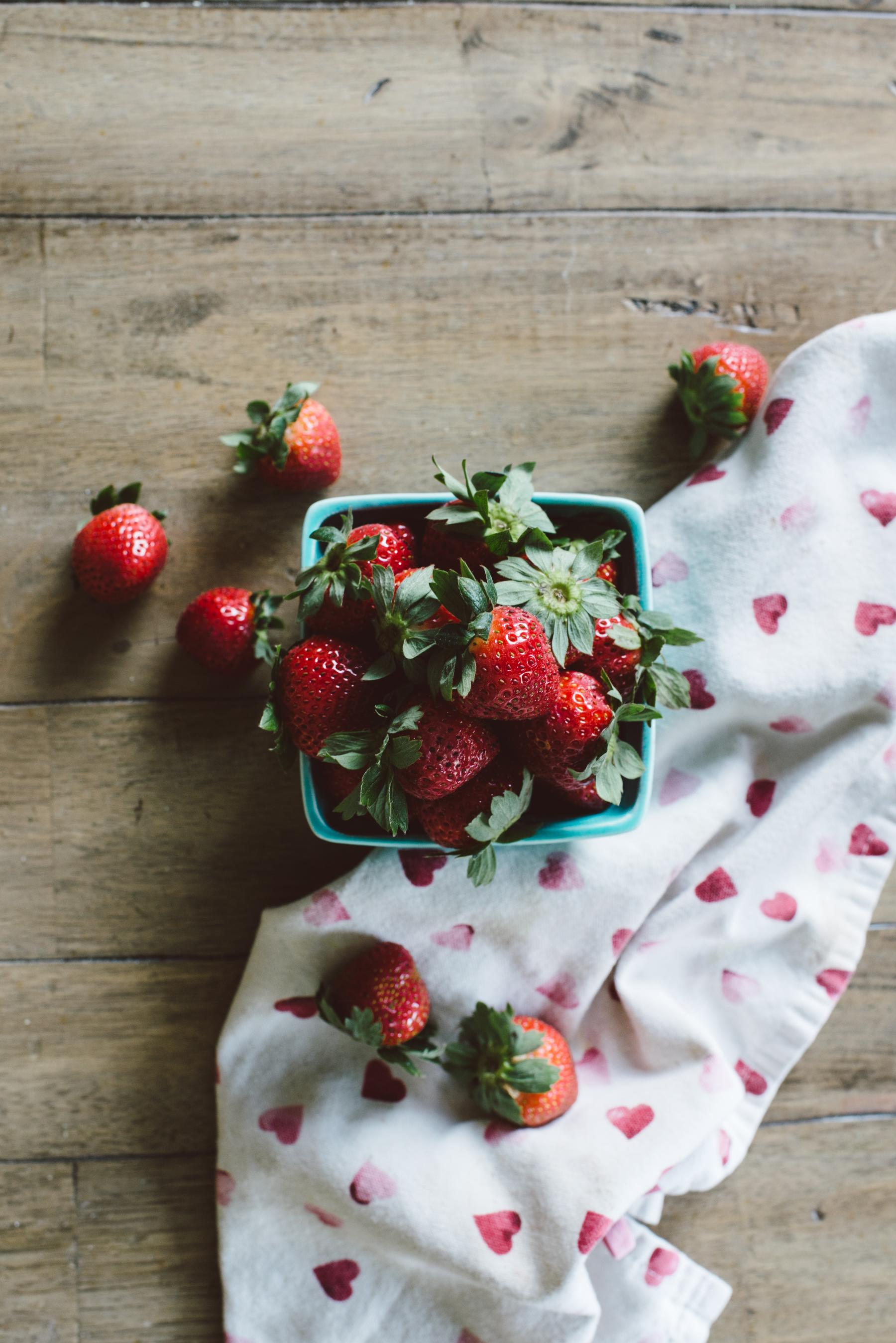 strawberries vancouver nutritionist jennifer brott.jpg