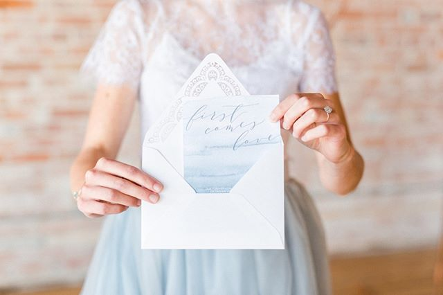 Do you realize the importance in choosing the right invitation for your wedding? I always let my clients know that their stationery sets the tone for the event. From the font chosen to the colour scheme. If you see fancy script on an invite, would you think that it was a sit down bbq style wedding? Nope. Choose wisely.⠀⠀⠀⠀⠀⠀⠀⠀⠀ .⠀⠀⠀⠀⠀⠀⠀⠀⠀ .⠀⠀⠀⠀⠀⠀⠀⠀⠀ .⠀⠀⠀⠀⠀⠀⠀⠀⠀ .⠀⠀⠀⠀⠀⠀⠀⠀⠀ .⠀⠀⠀⠀⠀⠀⠀⠀⠀ .⠀⠀⠀⠀⠀⠀⠀⠀⠀ .⠀⠀⠀⠀⠀⠀⠀⠀⠀ .⠀⠀⠀⠀⠀⠀⠀⠀⠀ .⠀⠀⠀⠀⠀⠀⠀⠀⠀ .⠀⠀⠀⠀⠀⠀⠀⠀⠀ .⠀⠀⠀⠀⠀⠀⠀⠀⠀ .⠀⠀⠀⠀⠀⠀⠀⠀⠀ .⠀⠀⠀⠀⠀⠀⠀⠀⠀ ⠀⠀⠀⠀⠀⠀⠀⠀⠀ Event coordinator: @daniellegevents⠀⠀⠀⠀⠀⠀⠀⠀⠀ Photographers & coordination: ⠀⠀⠀⠀⠀⠀⠀⠀⠀ @arianadelmundo @chelseanoelphoto⠀⠀⠀⠀⠀⠀⠀⠀⠀ Cake: @refinedsugarcakes ⠀⠀⠀⠀⠀⠀⠀⠀⠀ Florist & Designer: @jheventartistry ⠀⠀⠀⠀⠀⠀⠀⠀⠀ Stationary: @redbicyclepaperco⠀⠀⠀⠀⠀⠀⠀⠀⠀ Makeup: @carstobeauty from @alycatmakeuphair⠀⠀⠀⠀⠀⠀⠀⠀⠀ Hair: @hairfashionbridal⠀⠀⠀⠀⠀⠀⠀⠀⠀ Jewelry: @luxe.zen⠀⠀⠀⠀⠀⠀⠀⠀⠀ Wooden signs: @springmeadow.co⠀⠀⠀⠀⠀⠀⠀⠀⠀ Watercolour & calligraphy: @victoriamoniquedesigns⠀⠀⠀⠀⠀⠀⠀⠀⠀ Hanger & acrylic signs: @tayneandashley⠀⠀⠀⠀⠀⠀⠀⠀⠀ Pillows with text: @gofluffyourselfdesigns⠀⠀⠀⠀⠀⠀⠀⠀⠀ Video: @carmelaferro⠀⠀⠀⠀⠀⠀⠀⠀⠀ Venue: @arlingtonhotelparis ⠀⠀⠀⠀⠀⠀⠀⠀⠀ Models: @saratenhage and @mattbootsma000⠀⠀⠀⠀⠀⠀⠀⠀⠀ .⠀⠀⠀⠀⠀⠀⠀⠀⠀ #surpriseengagement #kitchenerweddingplanner #waterlooweddingplanner #arlingtonhotel #powderblueskirt #eventplanning #weddinginspo #kwweddings #eventplanner #stationery #weddinginvites #destinationweddings #simpleelegance #weddingtips