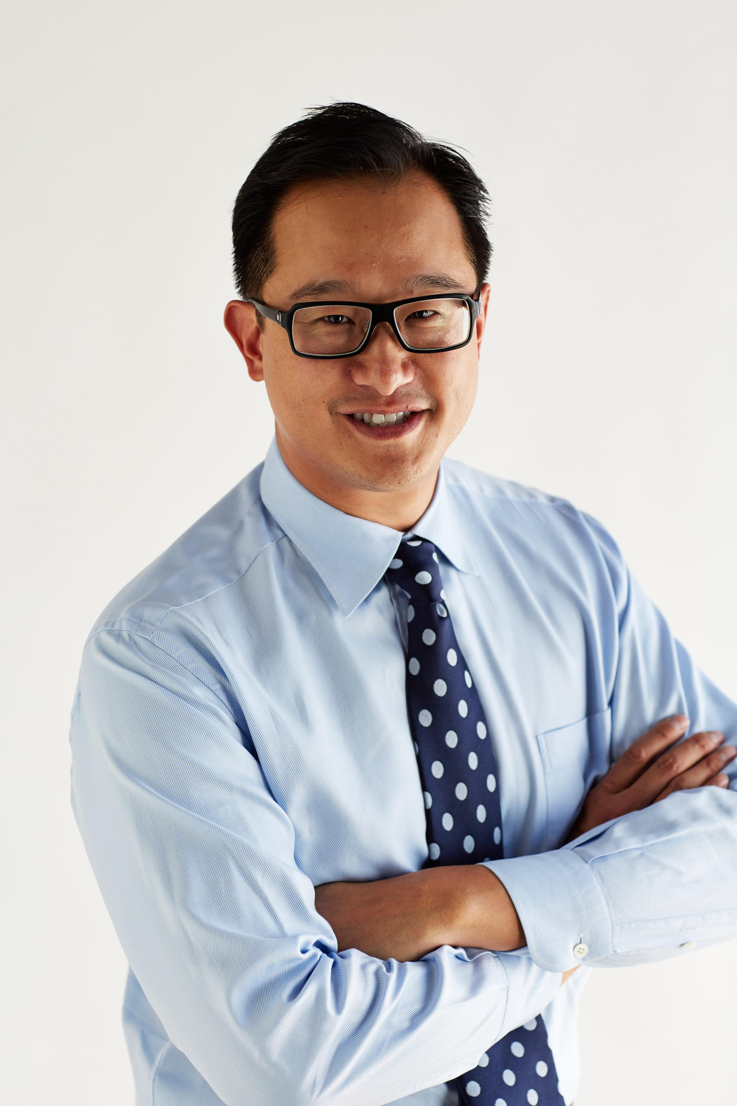 Dr Christopher Ho