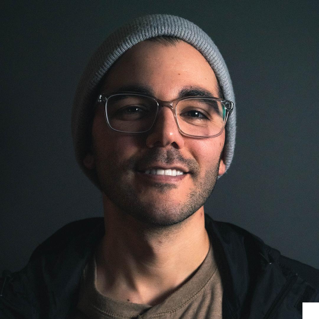 SERGIO HERNANDEZ - SENIOR CREATIVE DIRECTORSENIOR COPYWRITER