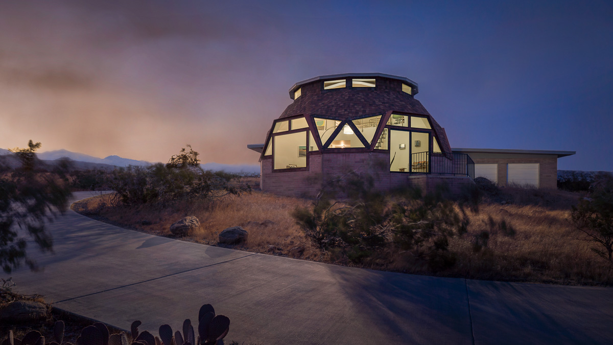 Geodesic dome house in Palm Springs, CA. Architect: Pavlina Williams, AIA.