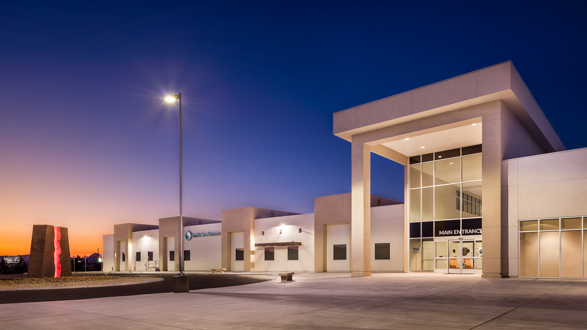 HealthCare Partners main entry, Pahrump, NV. Designed by Daniel Amster, Dakem & Associates, LLC.