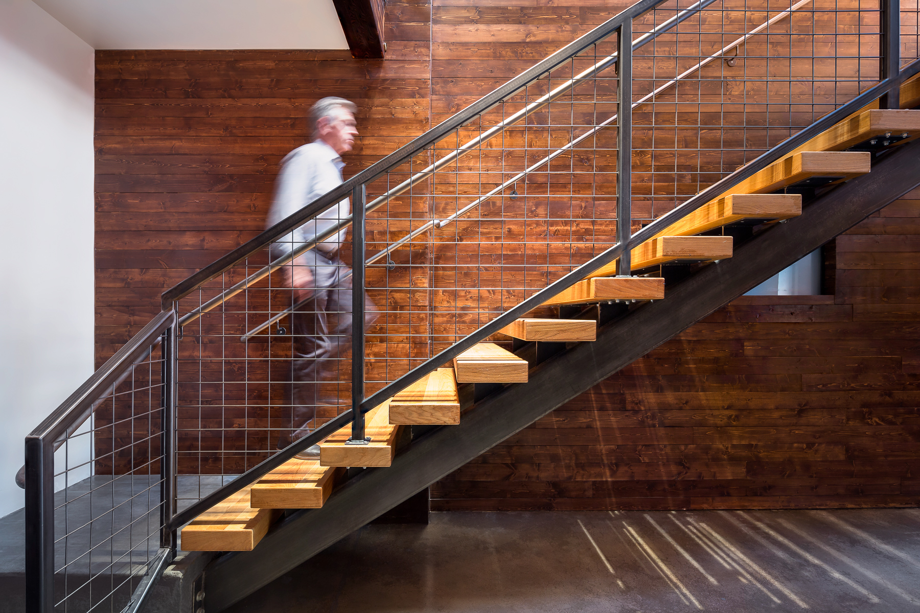 Faciliteq Staircase and Wall