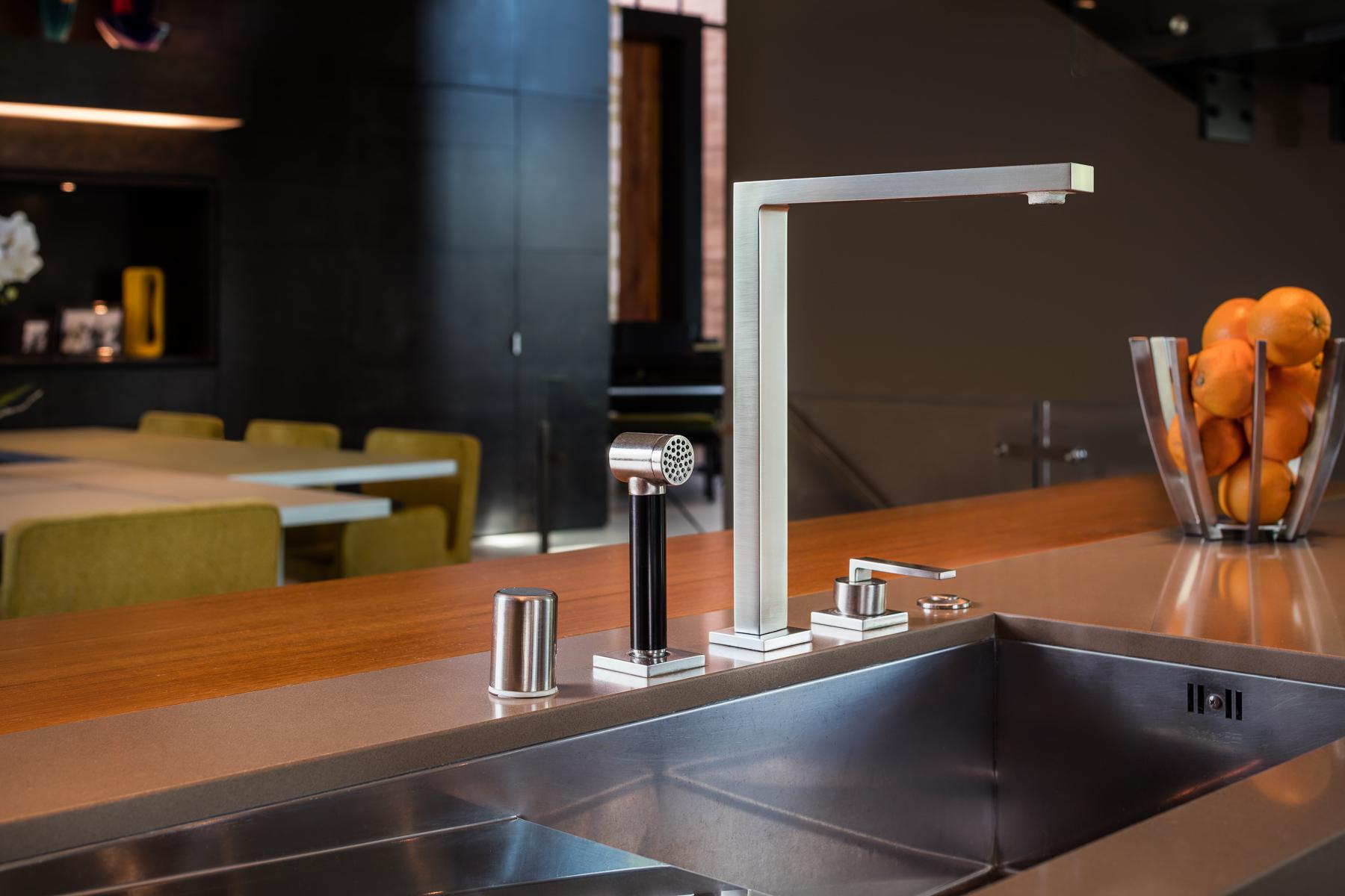 7 Sable Ridge Kitchen Sink Detail 1