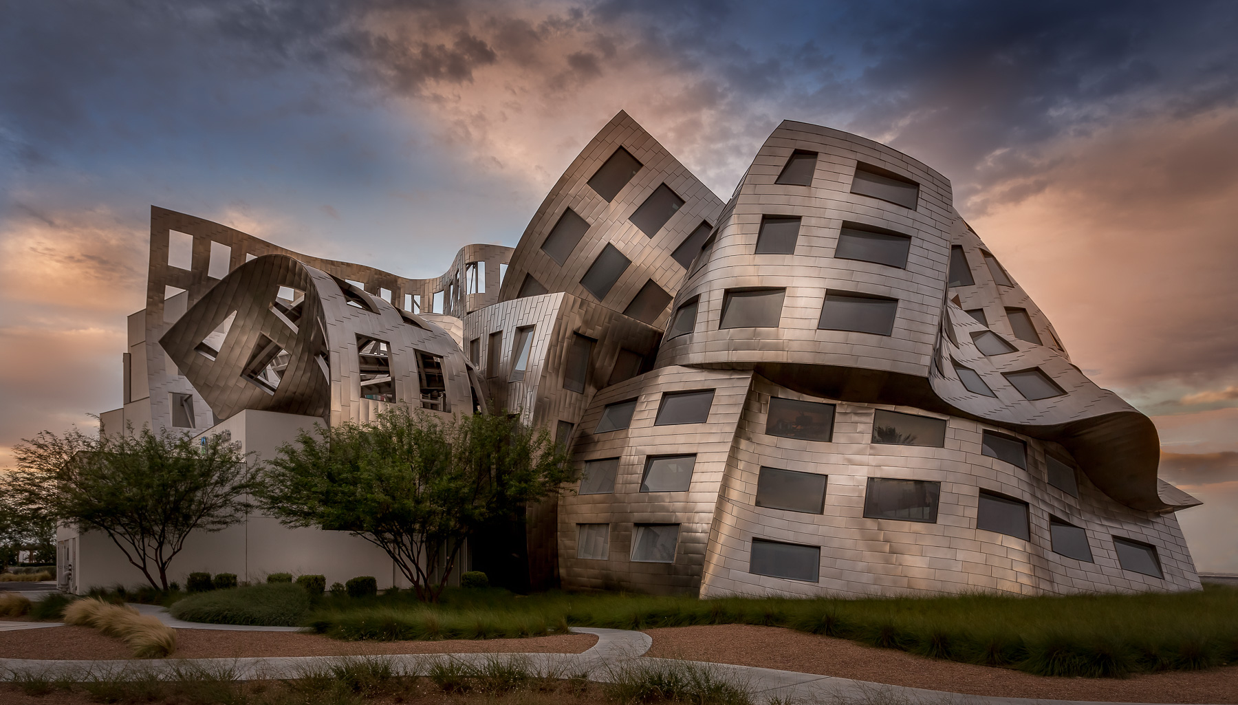 Lou Ruvo Center for Brain Research by Frank Gehry, Las Vegas, NV