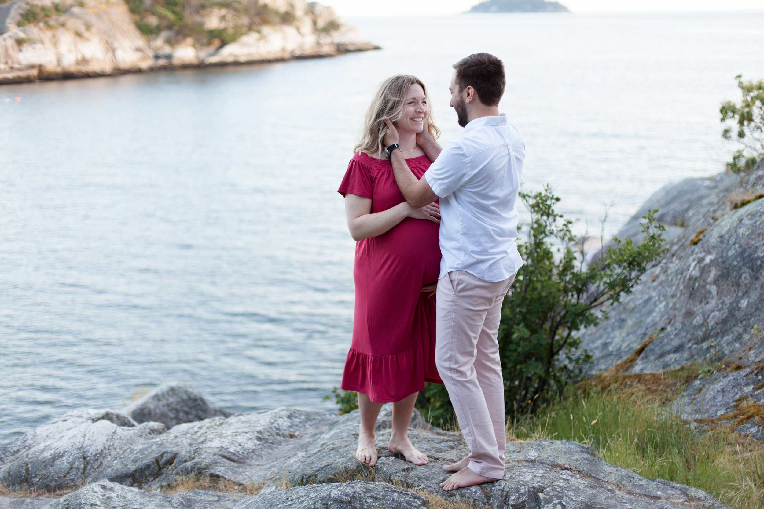 Whytecliff Park Maternity Photos-13.jpg