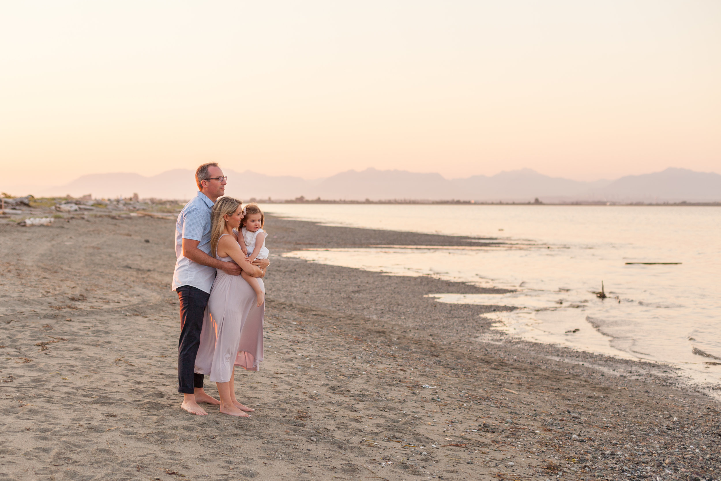 Centennial Beach Maternity Photos-10.jpg