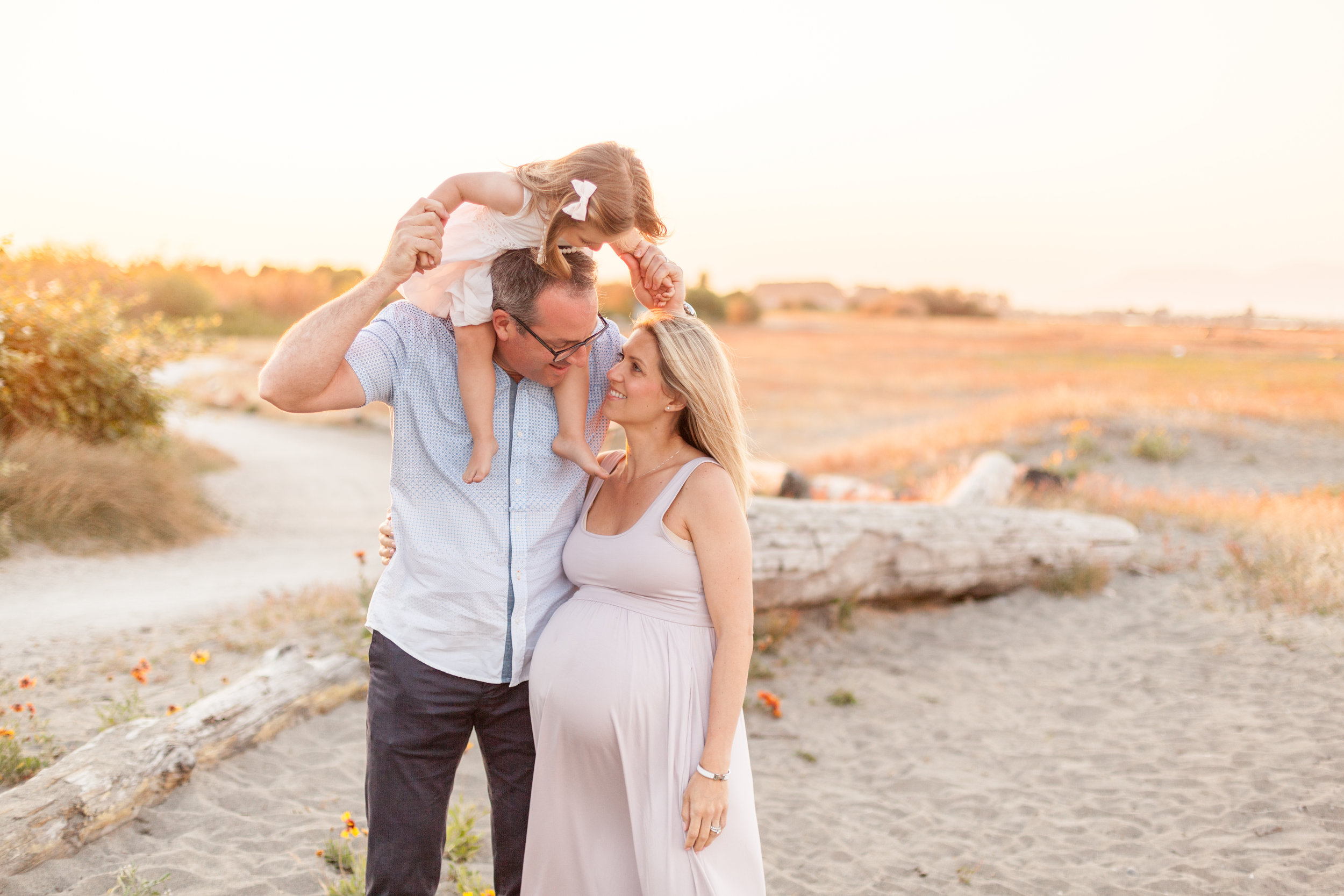 Centennial Beach Maternity Photos-13.jpg