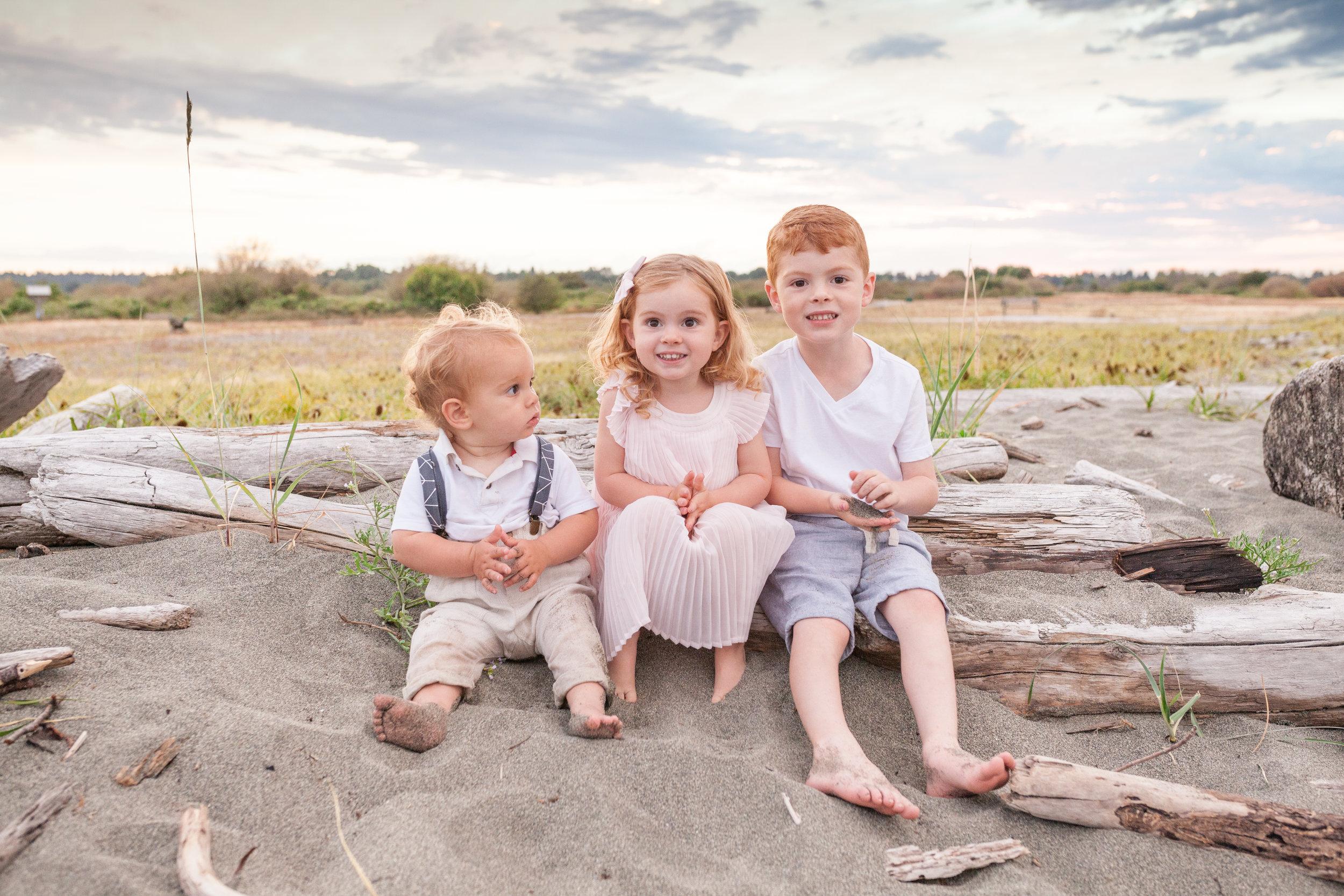 Centennial Beach Family Photos-2.jpg