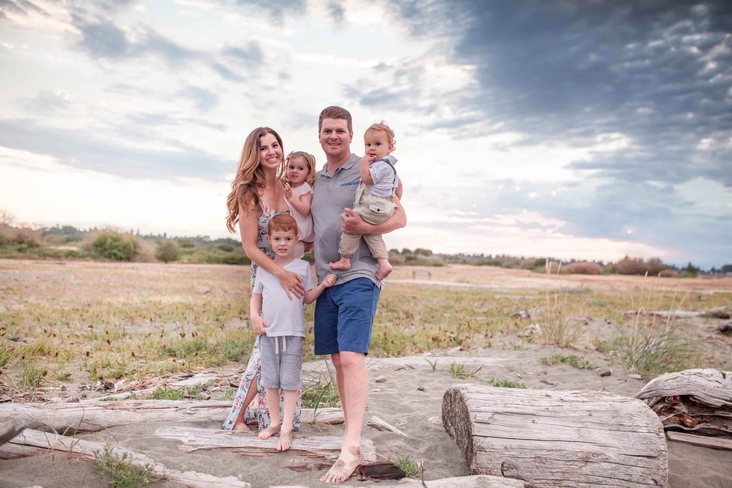 Centennial Beach Family Photos-3.jpg