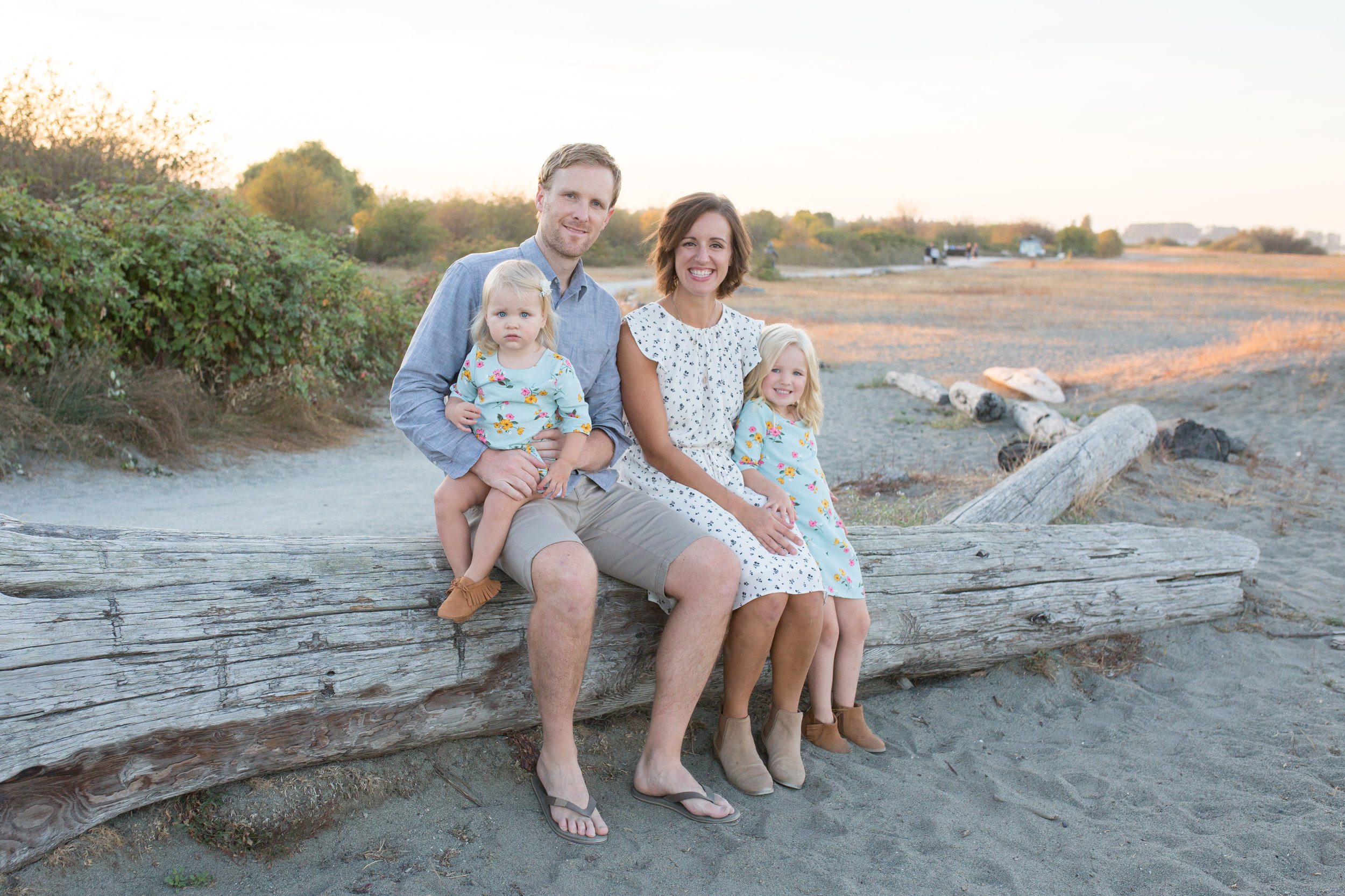 Centennial Beach Family Photos-48.jpg