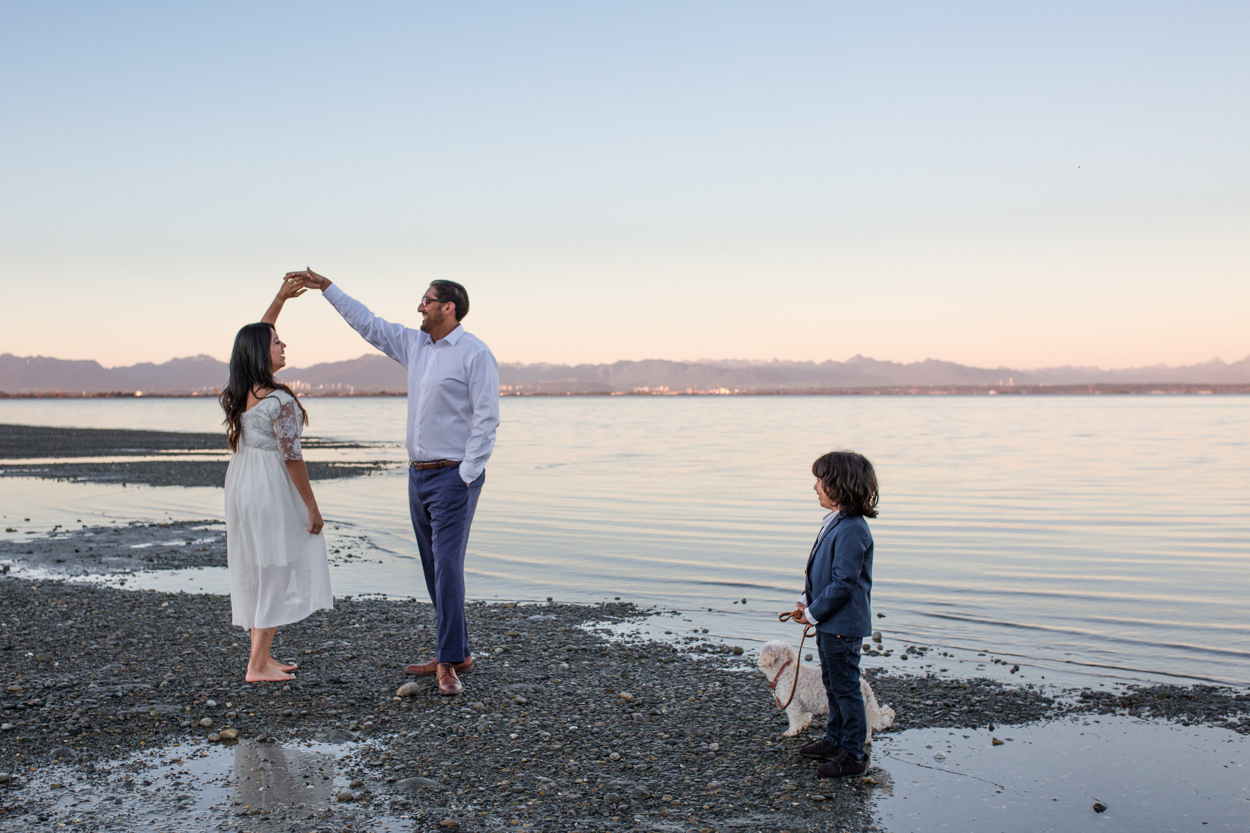 Centennial Beach Family Photos 2018-14.jpg