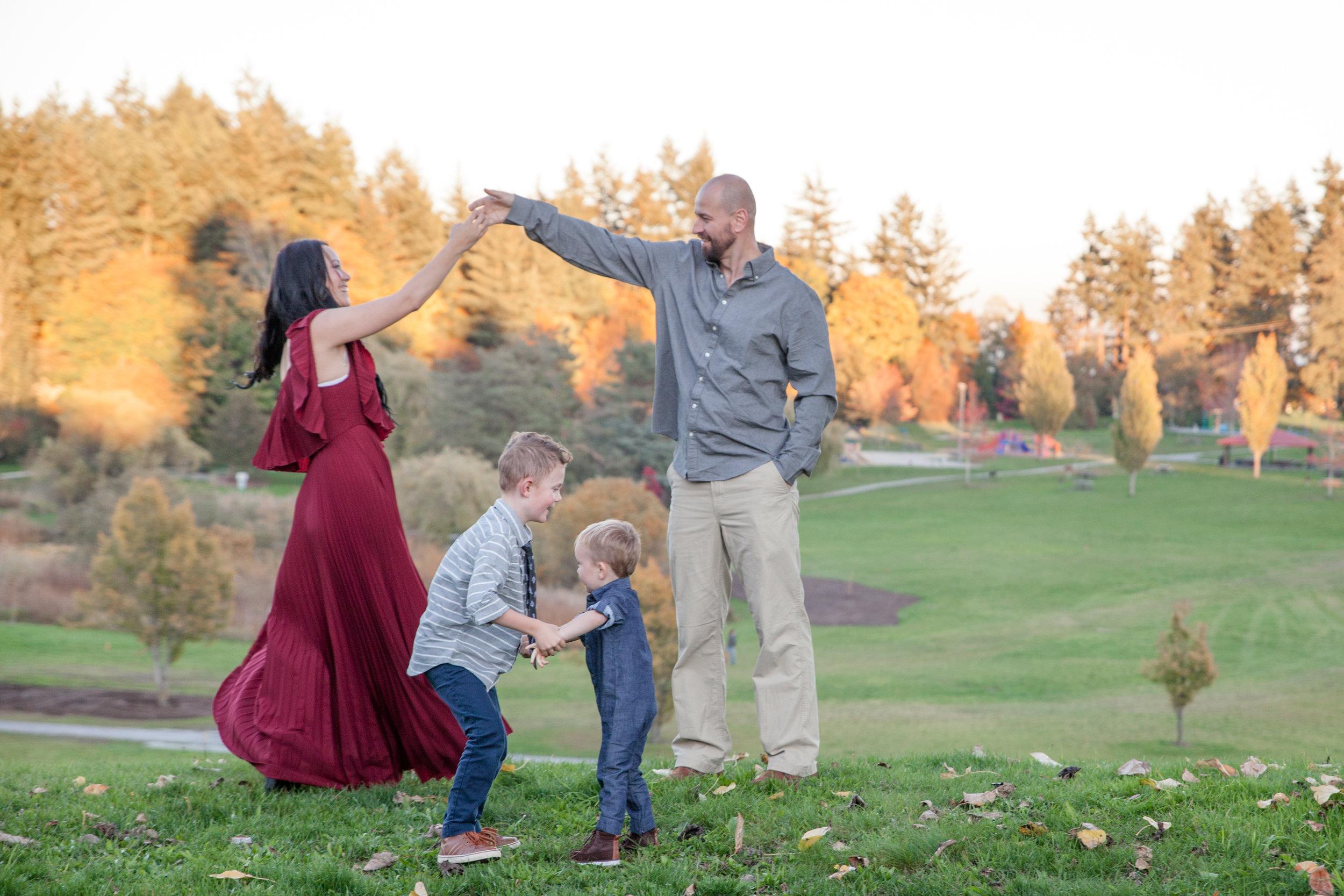 Diefenbaker Park Family Photos 2018-2.jpg
