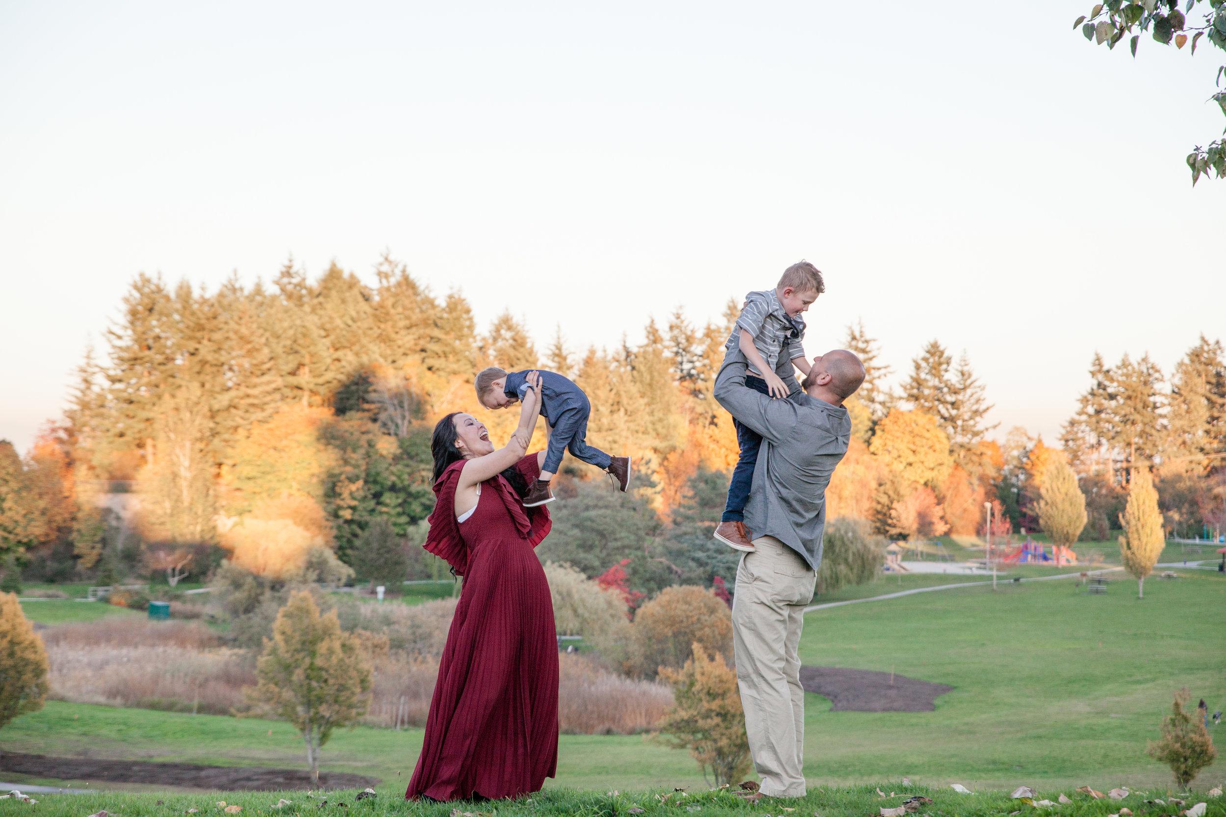 Diefenbaker Park Family Photos 2018-3.jpg