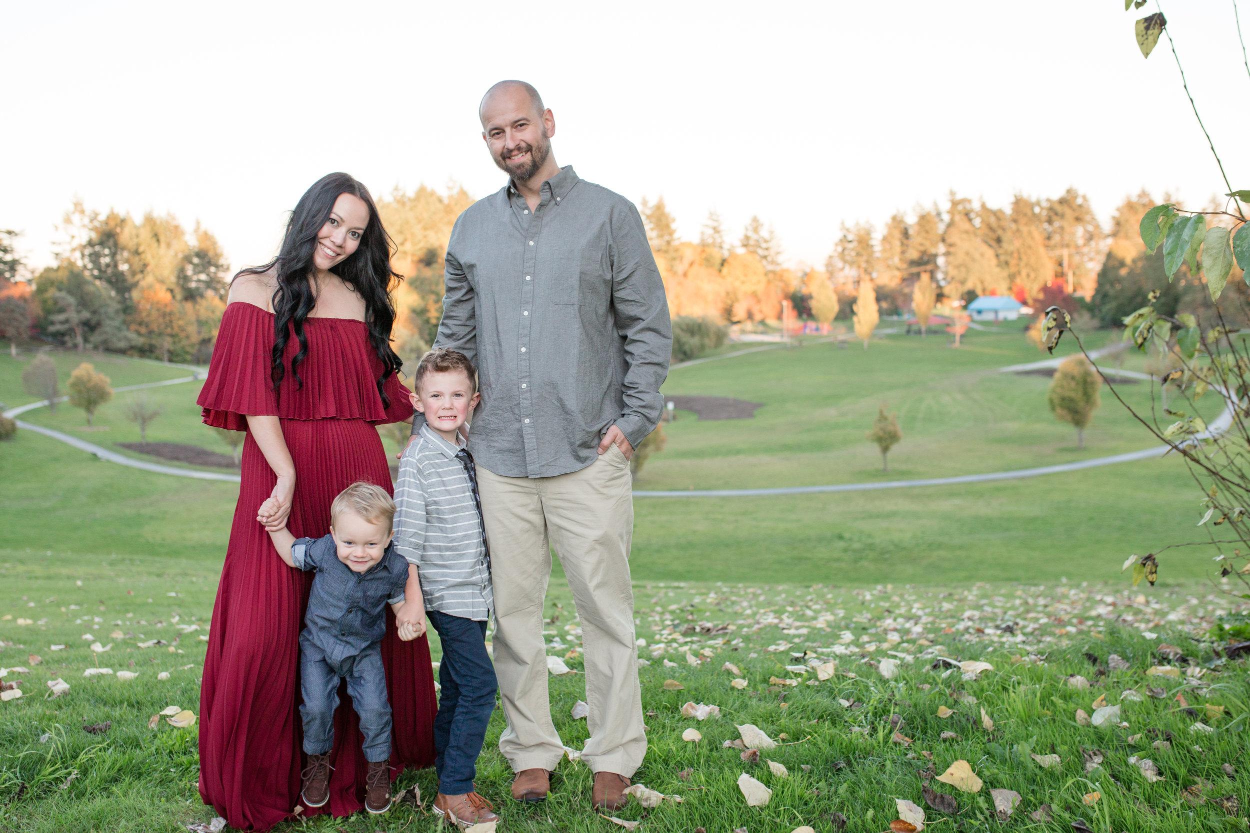Diefenbaker Park Family Photos 2018-5.jpg