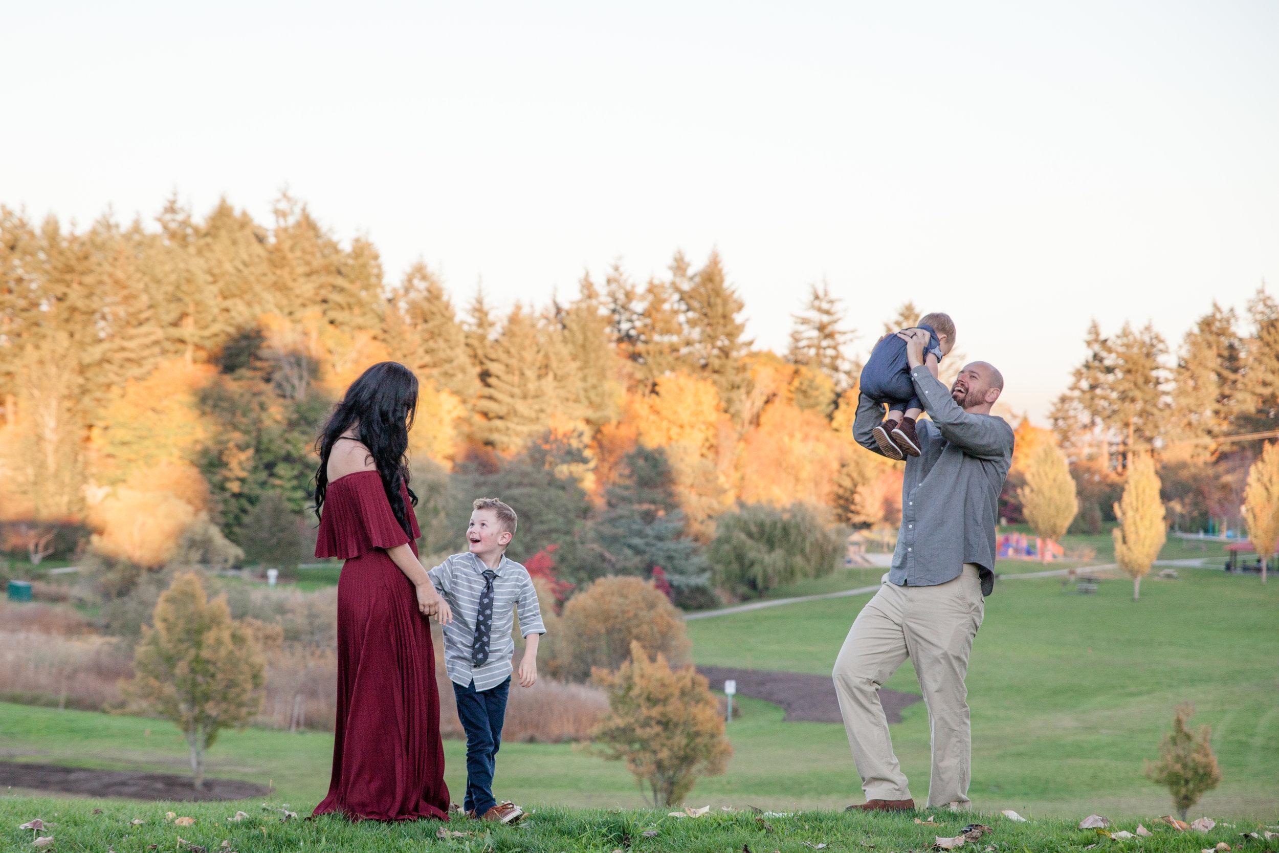Diefenbaker Park Family Photos 2018-6.jpg