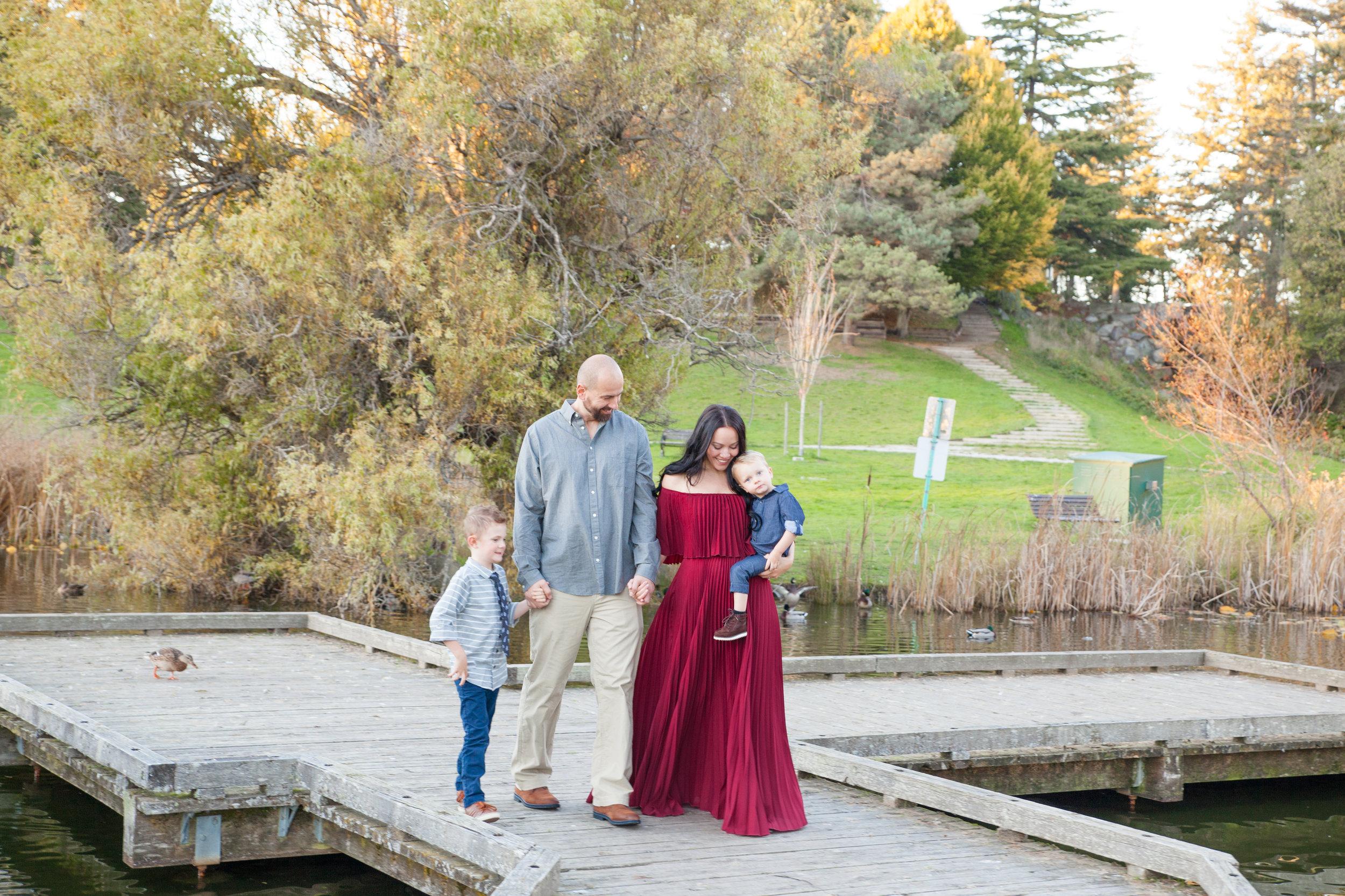 Diefenbaker Park Family Photos 2018-10.jpg