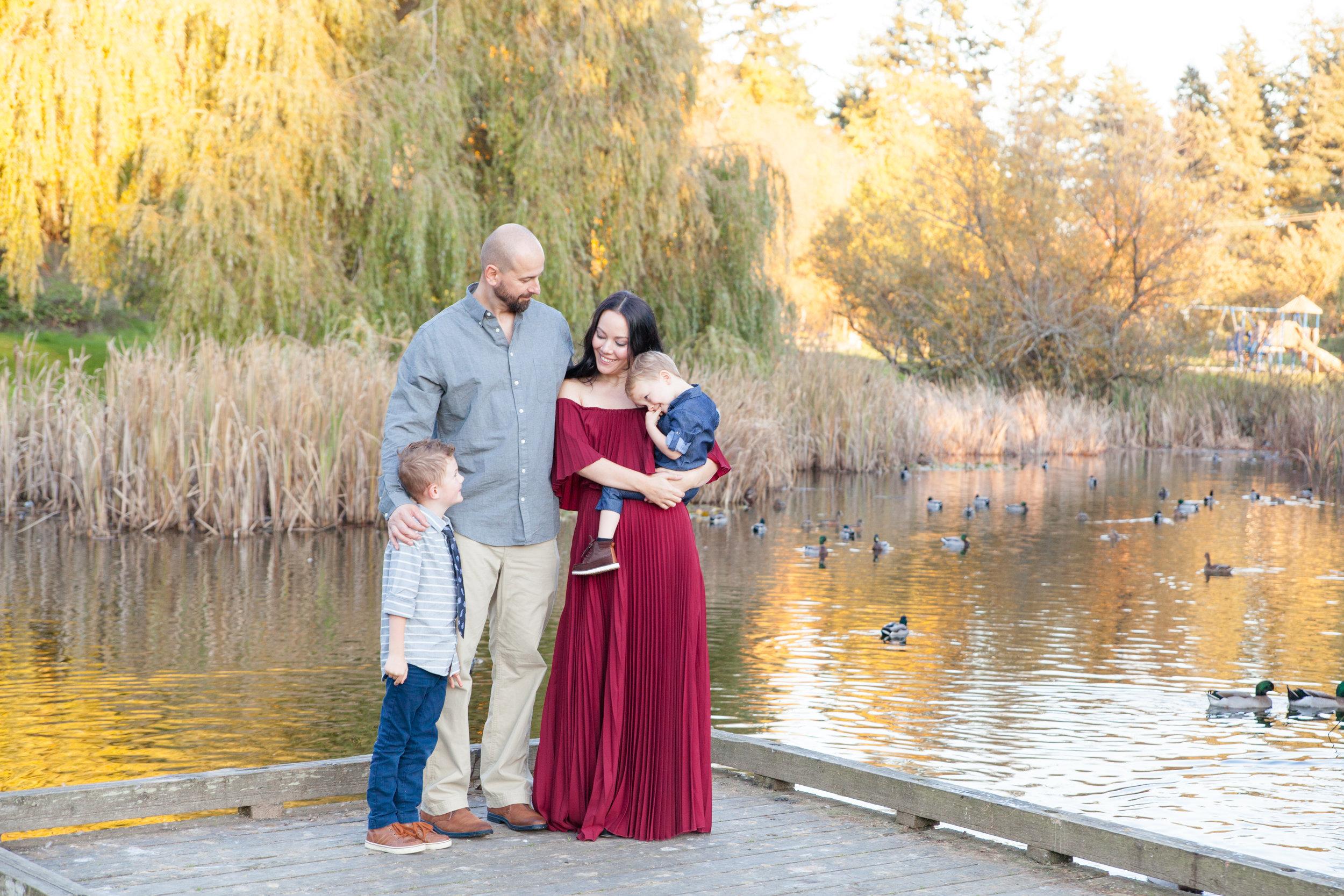 Diefenbaker Park Family Photos 2018-13.jpg