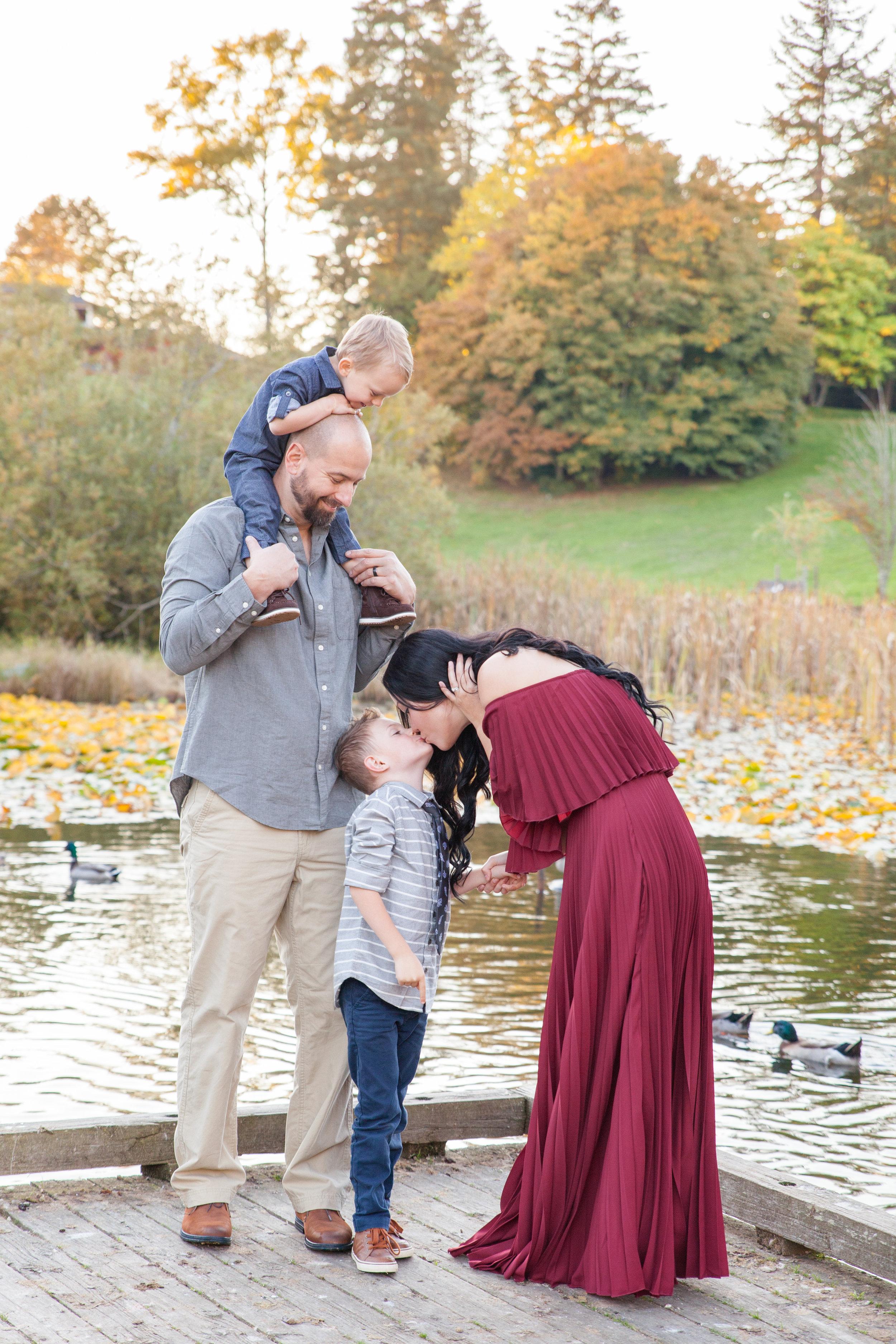 Diefenbaker Park Family Photos 2018-15.jpg