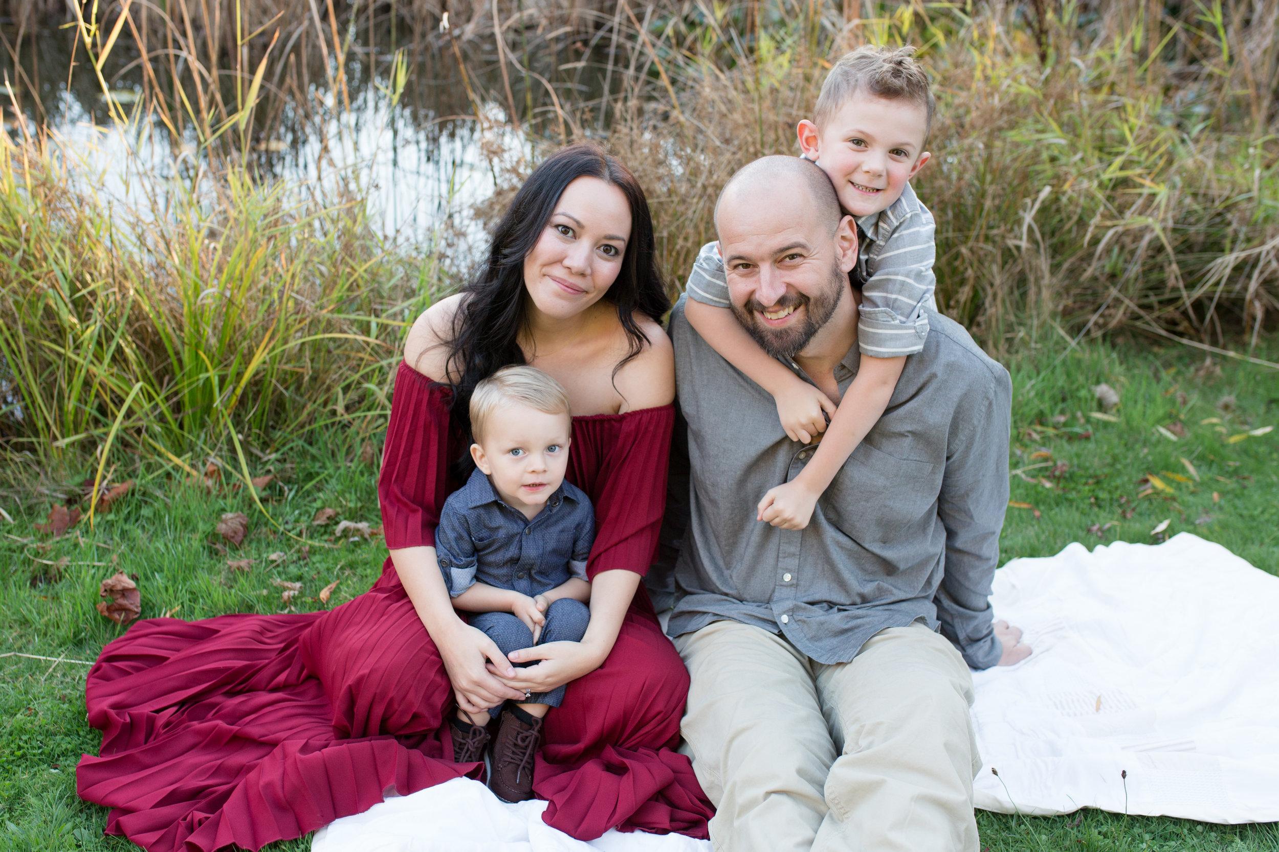 Diefenbaker Park Family Photos 2018-32.jpg