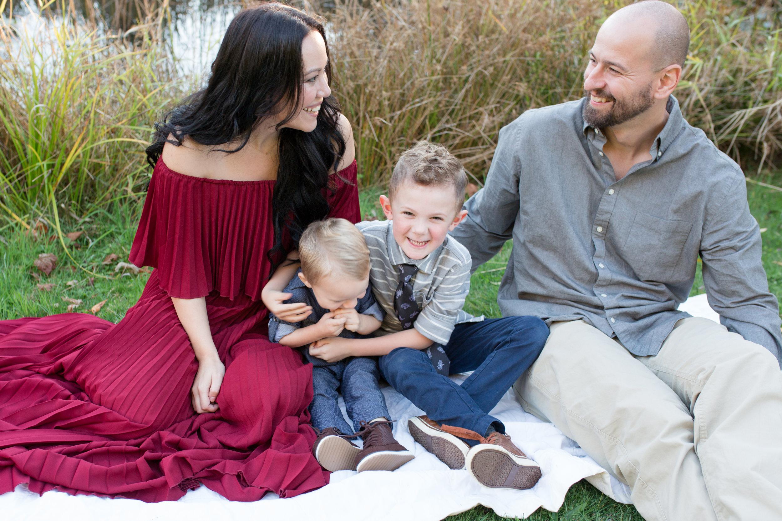 Diefenbaker Park Family Photos 2018-35.jpg